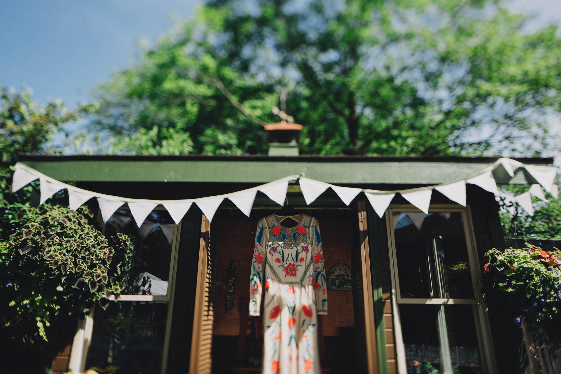 Megan-Paul-Ohio-English-Garden-Wedding-010@2x.jpg