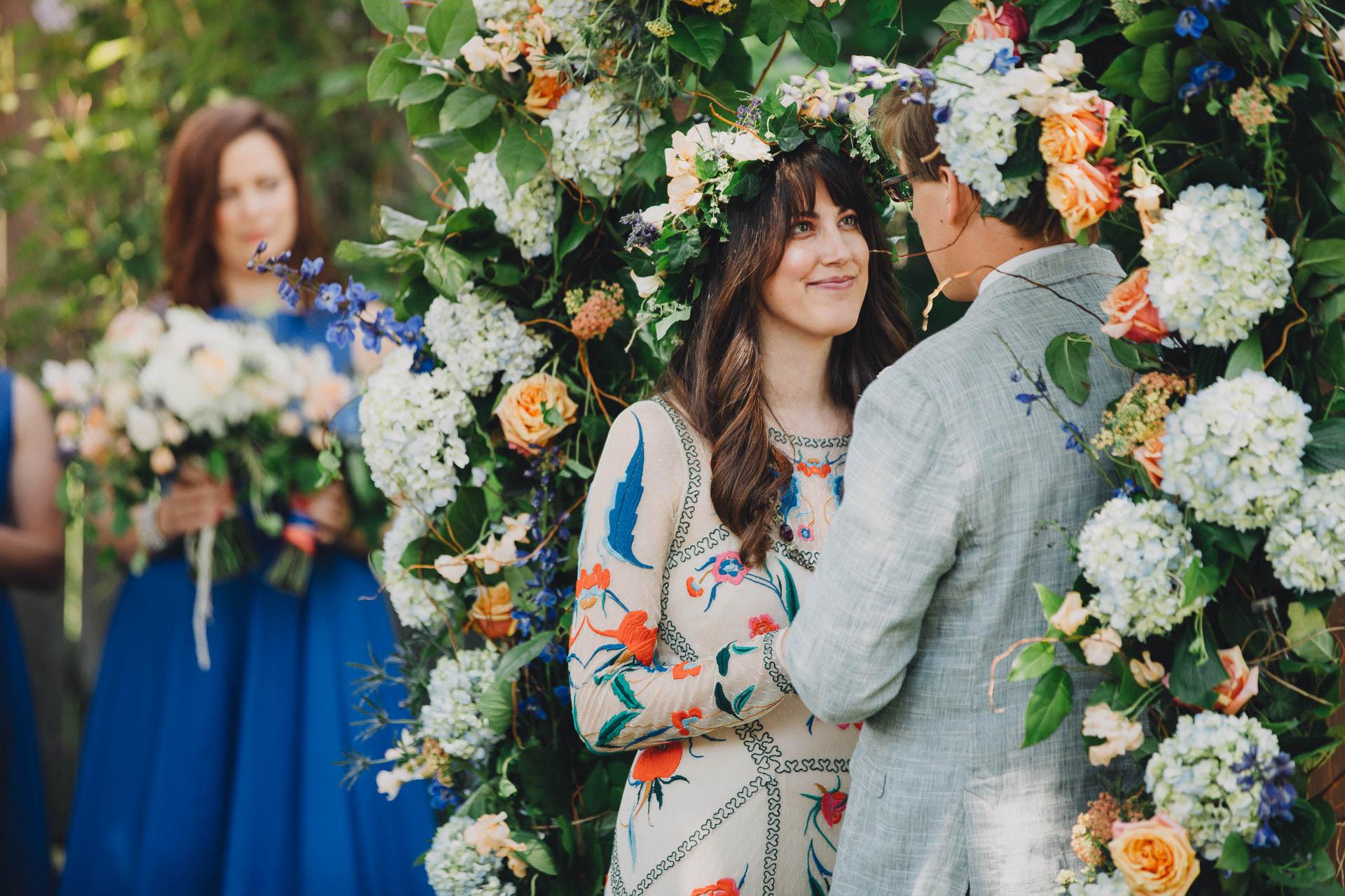 Megan-Paul-Ohio-English-Garden-Wedding-042@2x.jpg