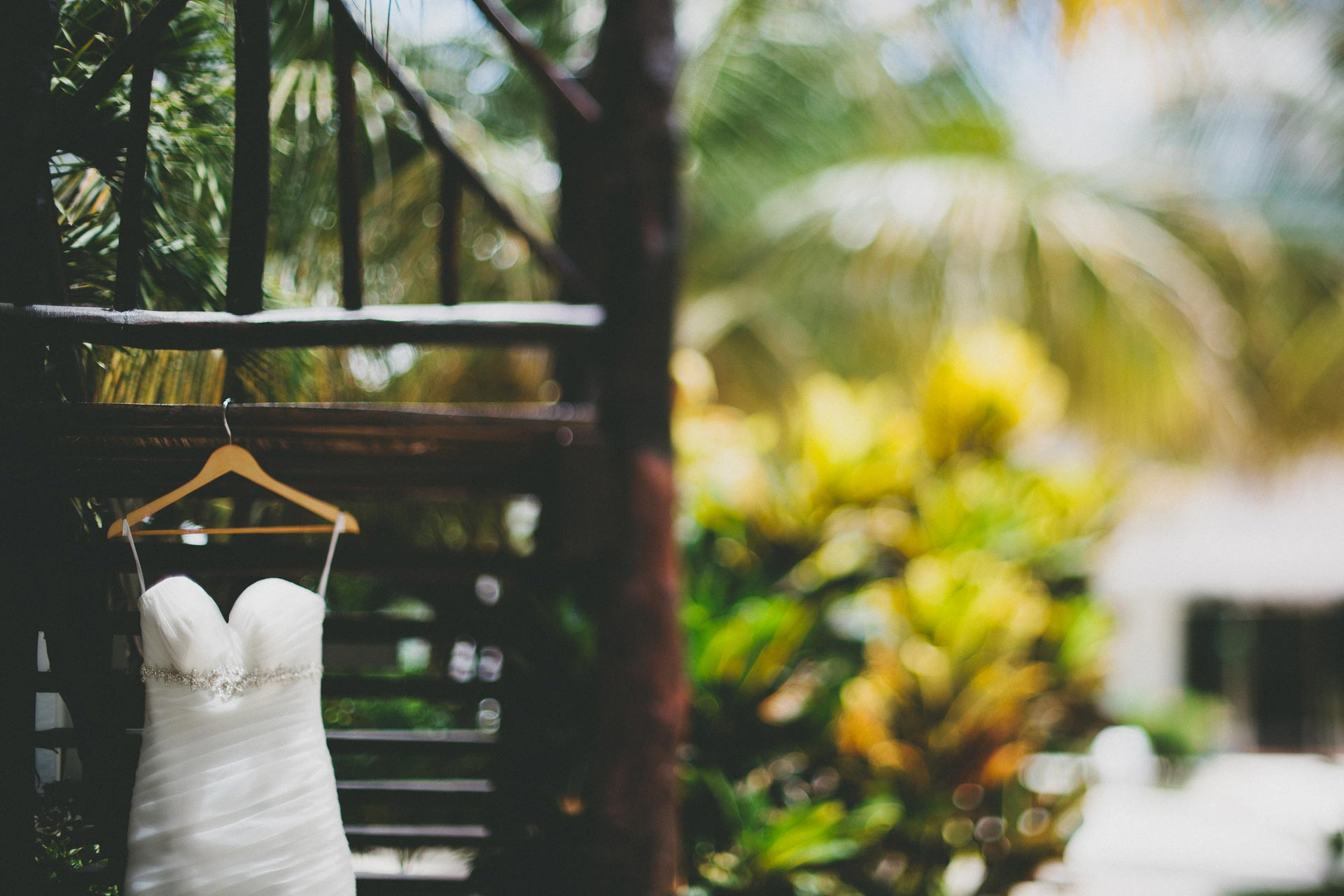 LC-Riviera-Maya-Mexico-Wedding-029@2x.jpg