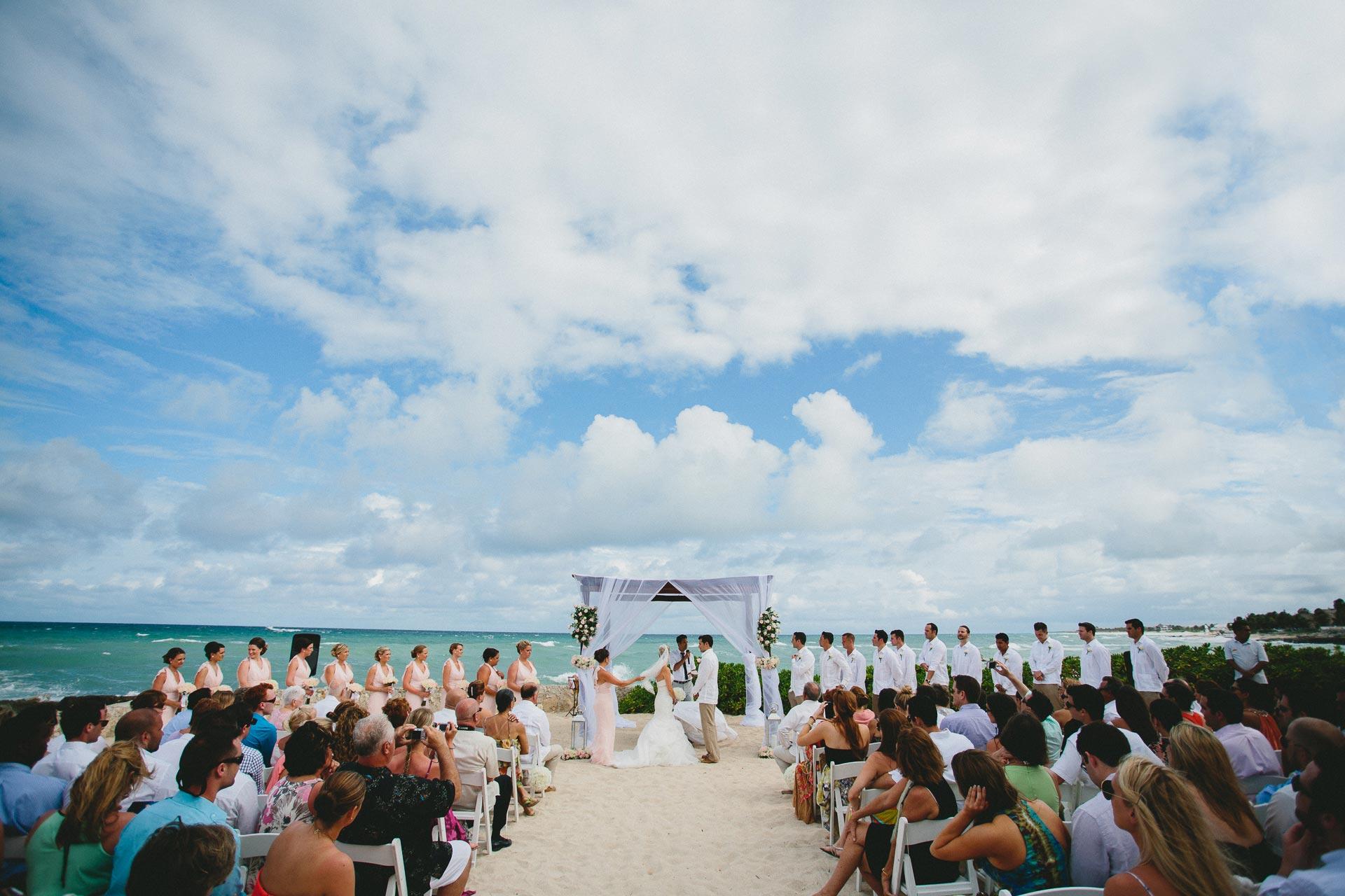 LC-Riviera-Maya-Mexico-Wedding-066@2x.jpg
