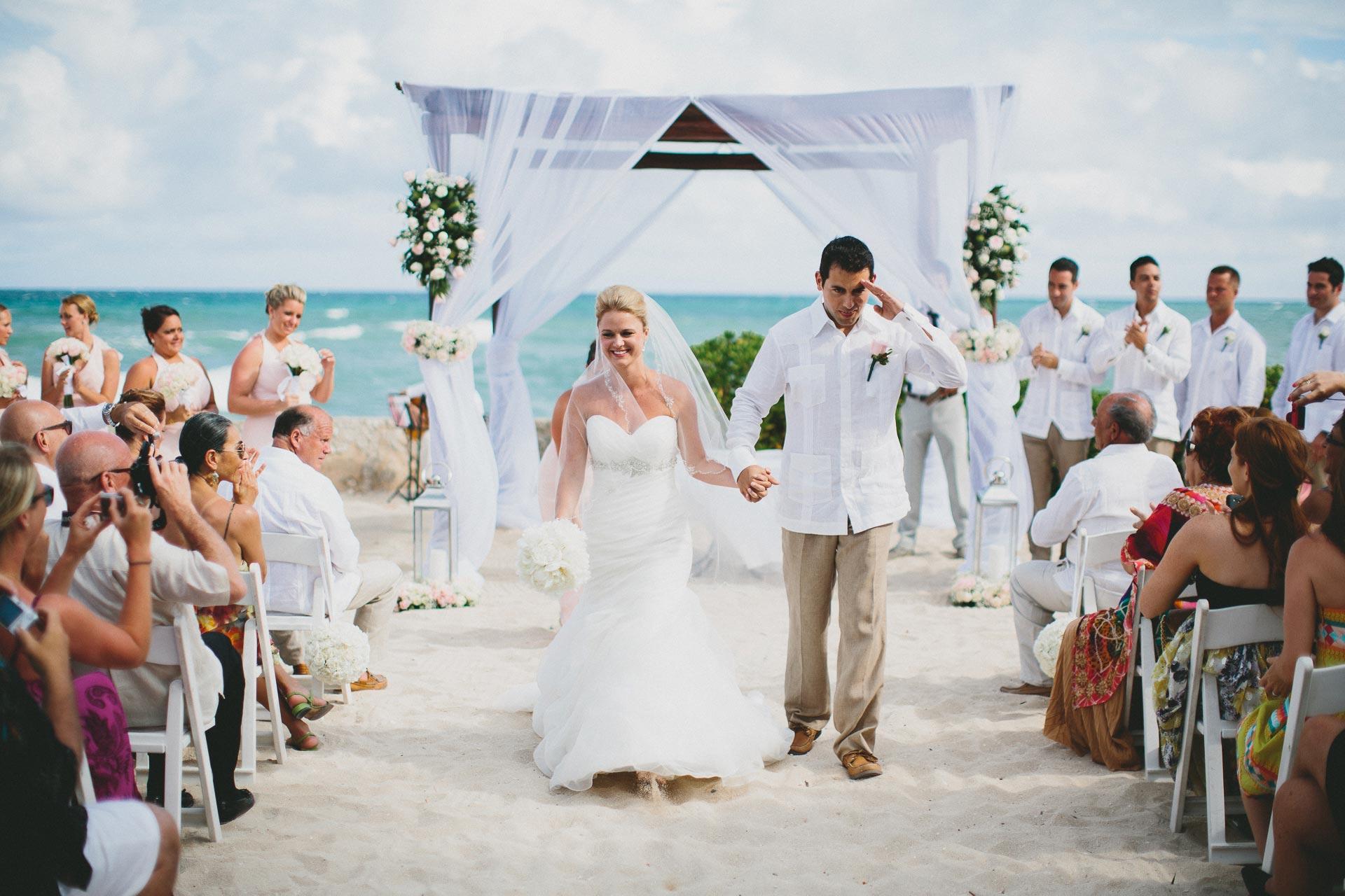 LC-Riviera-Maya-Mexico-Wedding-071@2x.jpg