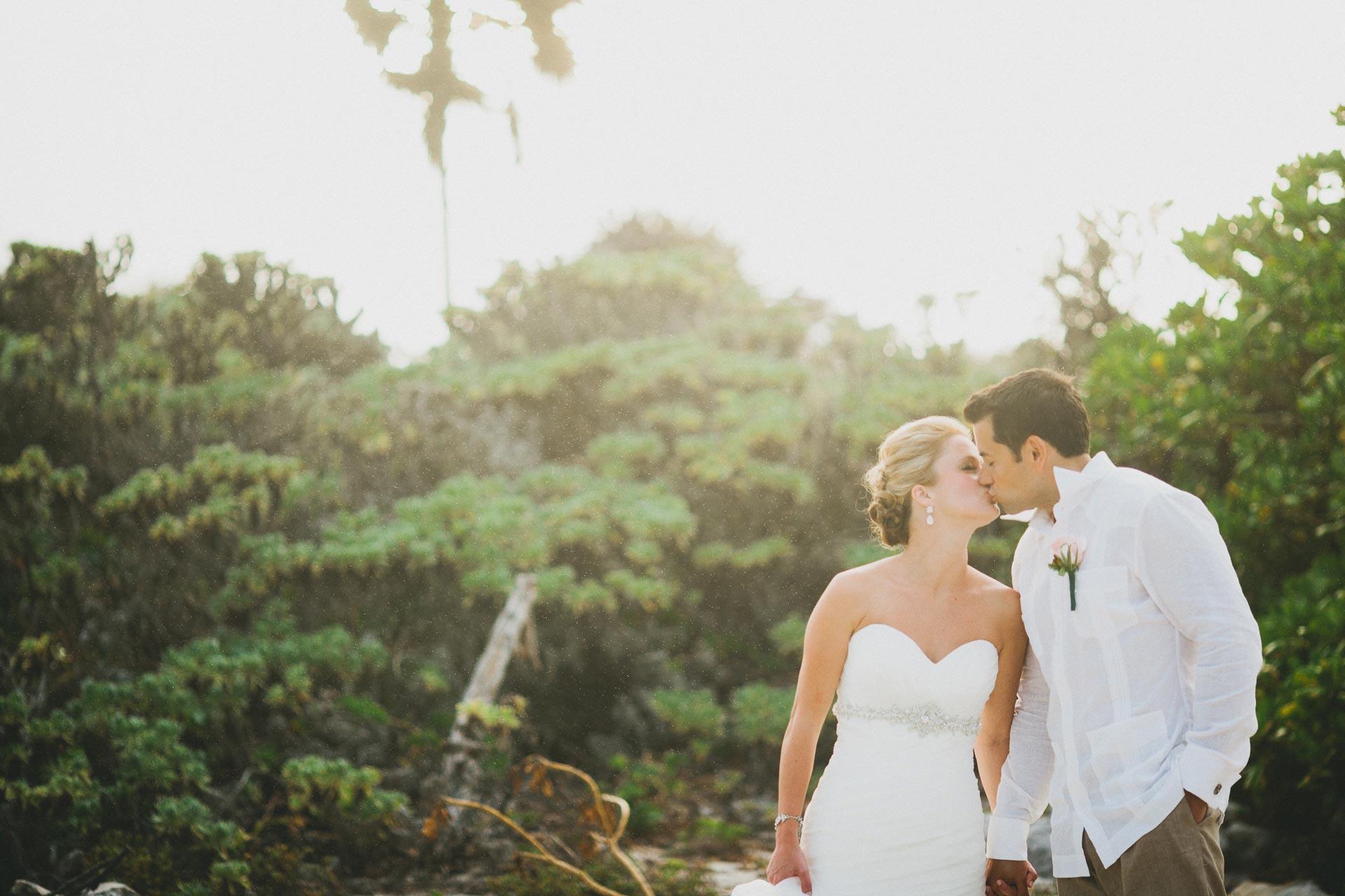 LC-Riviera-Maya-Mexico-Wedding-115@2x.jpg