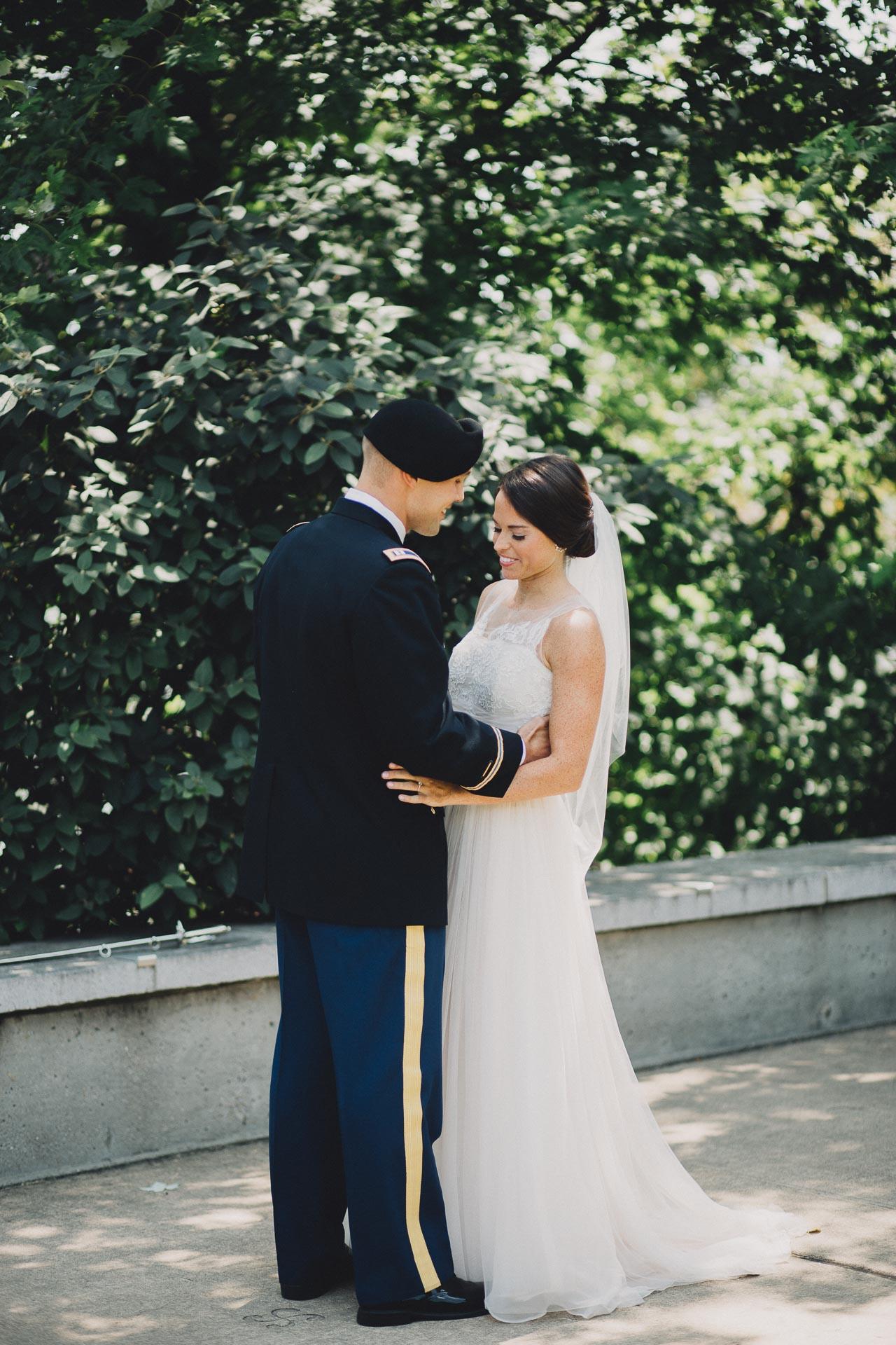 Emily-Eddie-Cincinnati-Rennaissance-Hotel-Wedding-032@2x.jpg