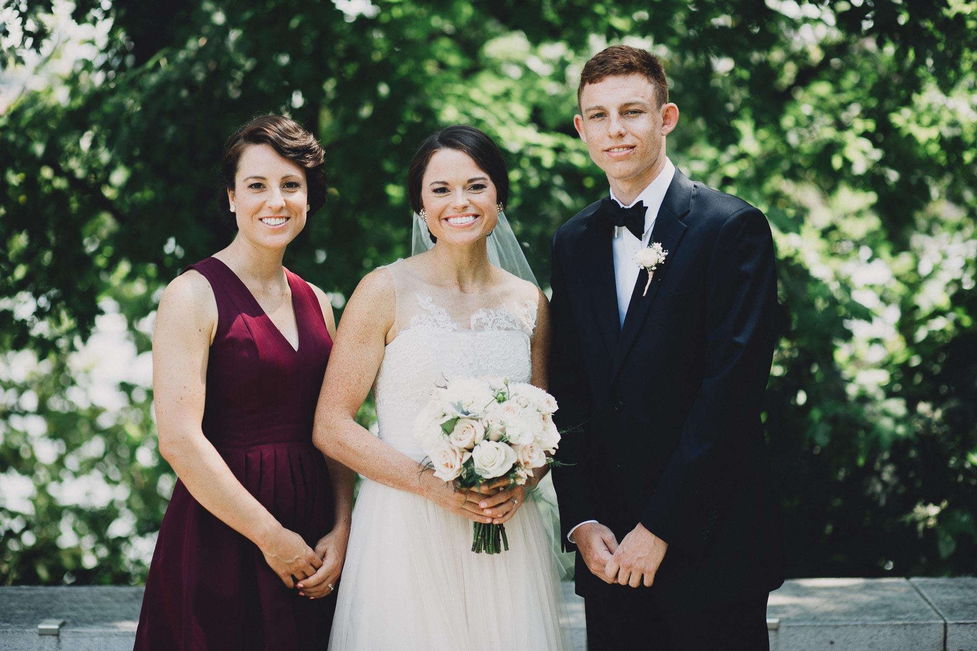 Emily-Eddie-Cincinnati-Rennaissance-Hotel-Wedding-037@2x.jpg