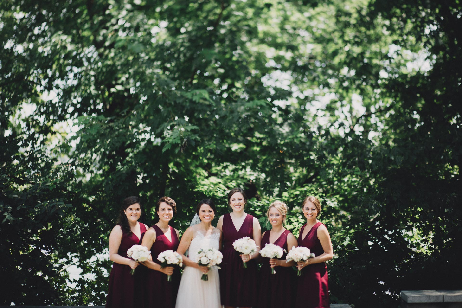 Emily-Eddie-Cincinnati-Rennaissance-Hotel-Wedding-042@2x.jpg