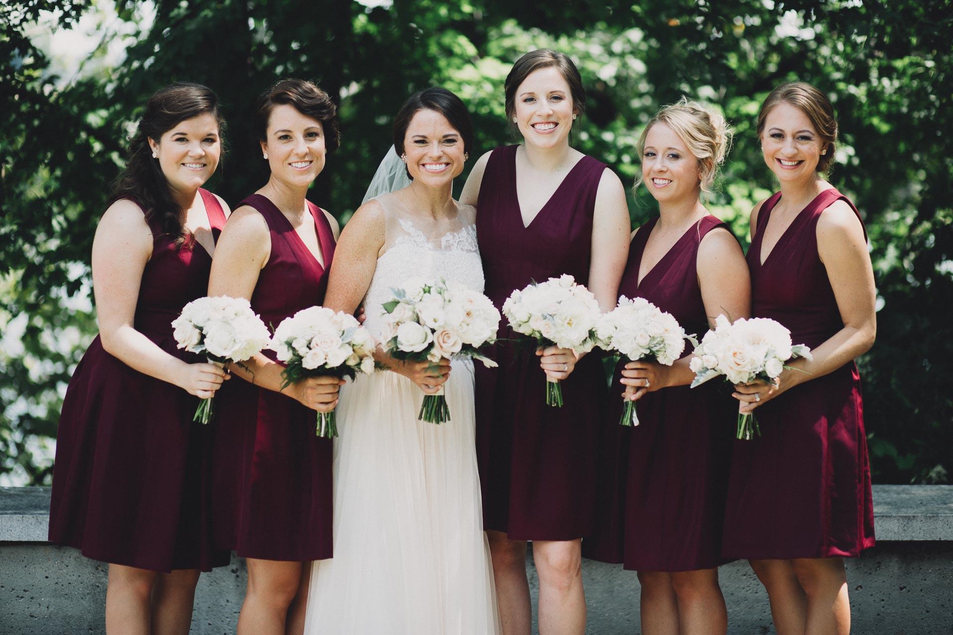 Emily-Eddie-Cincinnati-Rennaissance-Hotel-Wedding-043@2x.jpg
