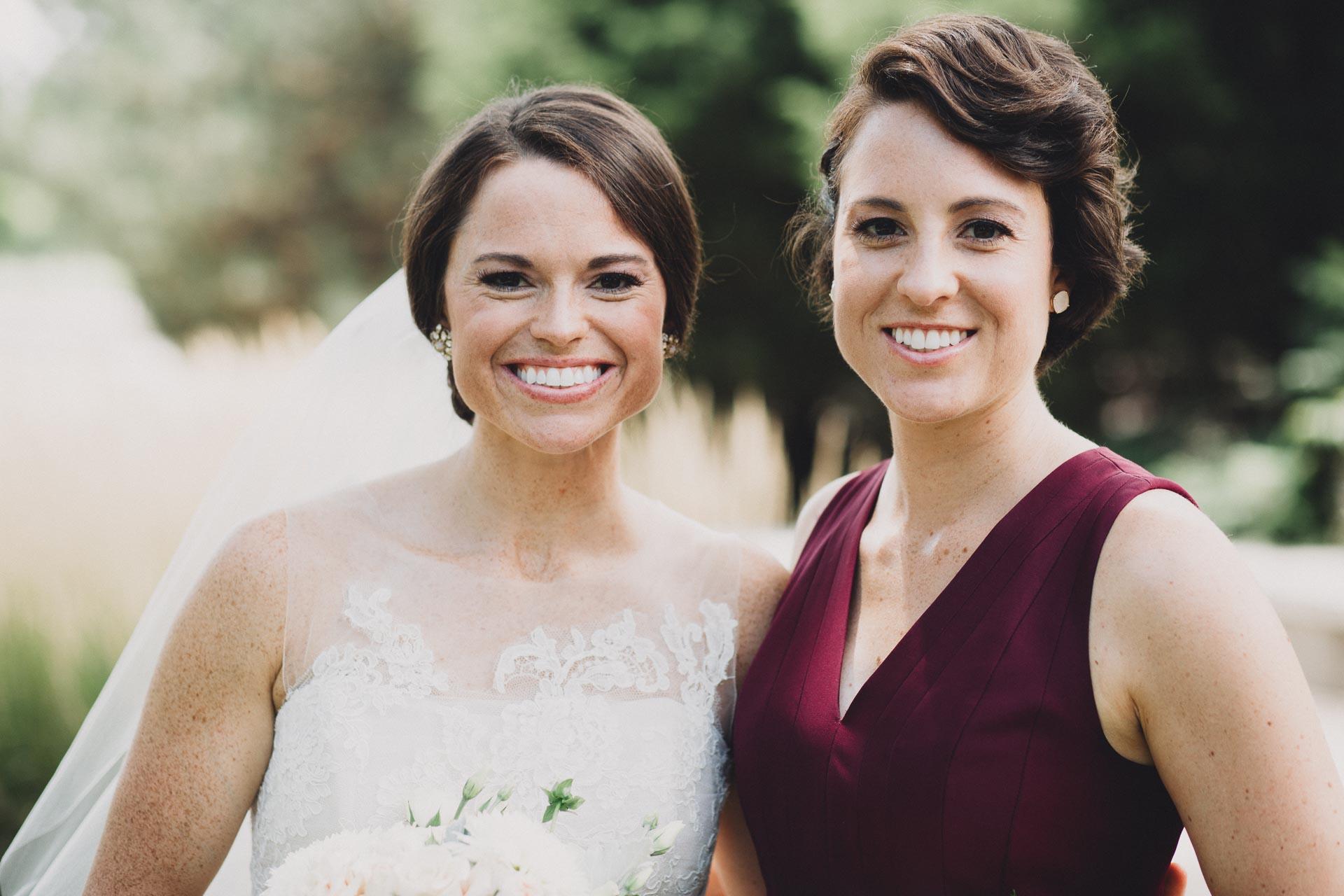Emily-Eddie-Cincinnati-Rennaissance-Hotel-Wedding-046@2x.jpg