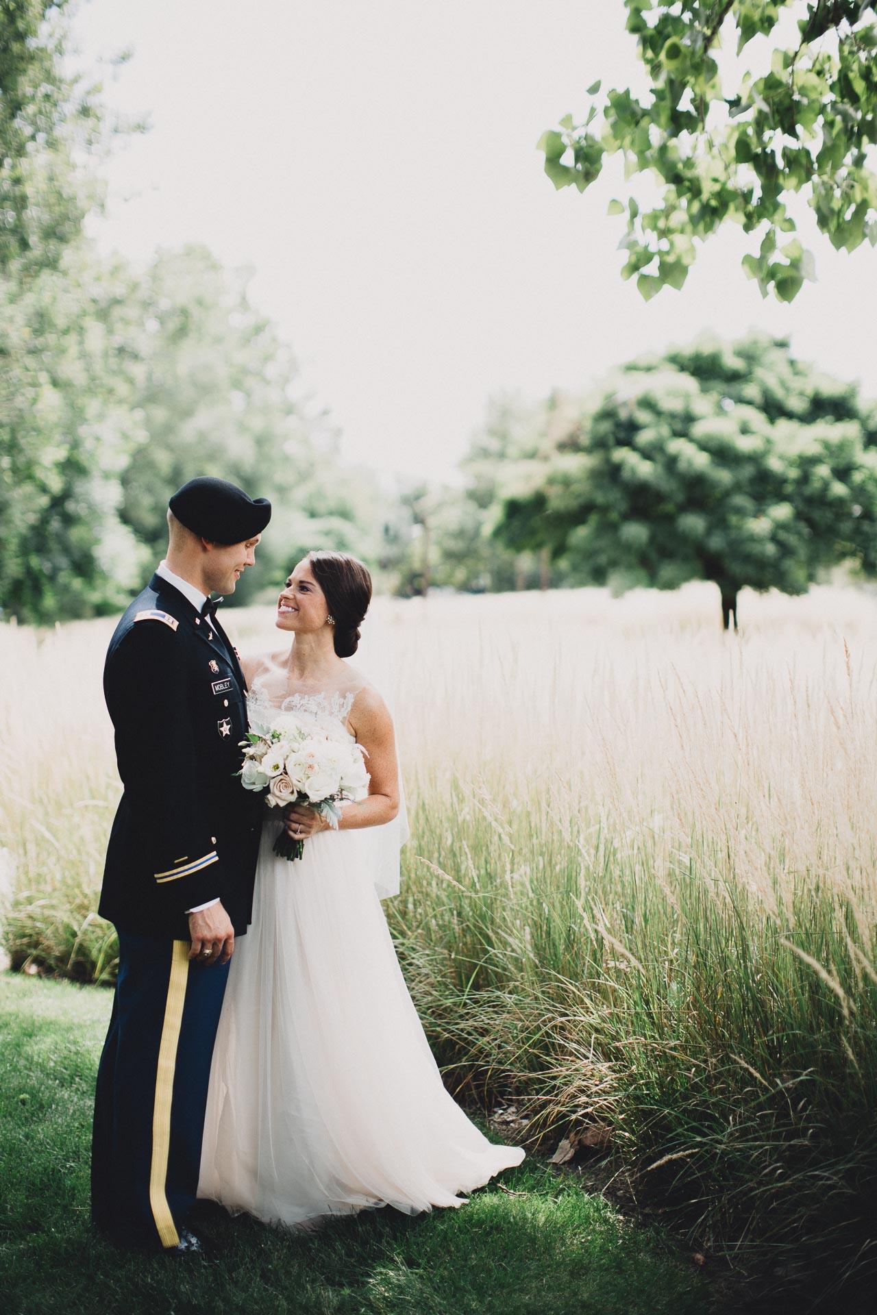 Emily-Eddie-Cincinnati-Rennaissance-Hotel-Wedding-048@2x.jpg