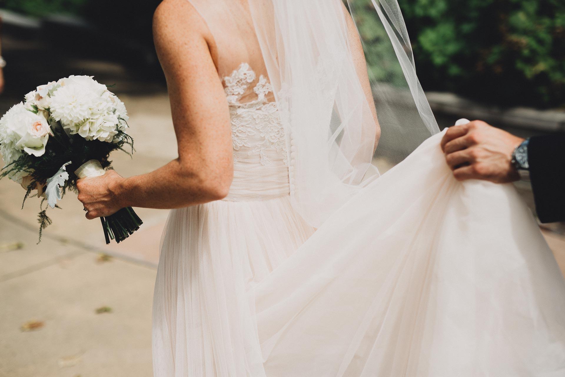 Emily-Eddie-Cincinnati-Rennaissance-Hotel-Wedding-050@2x.jpg