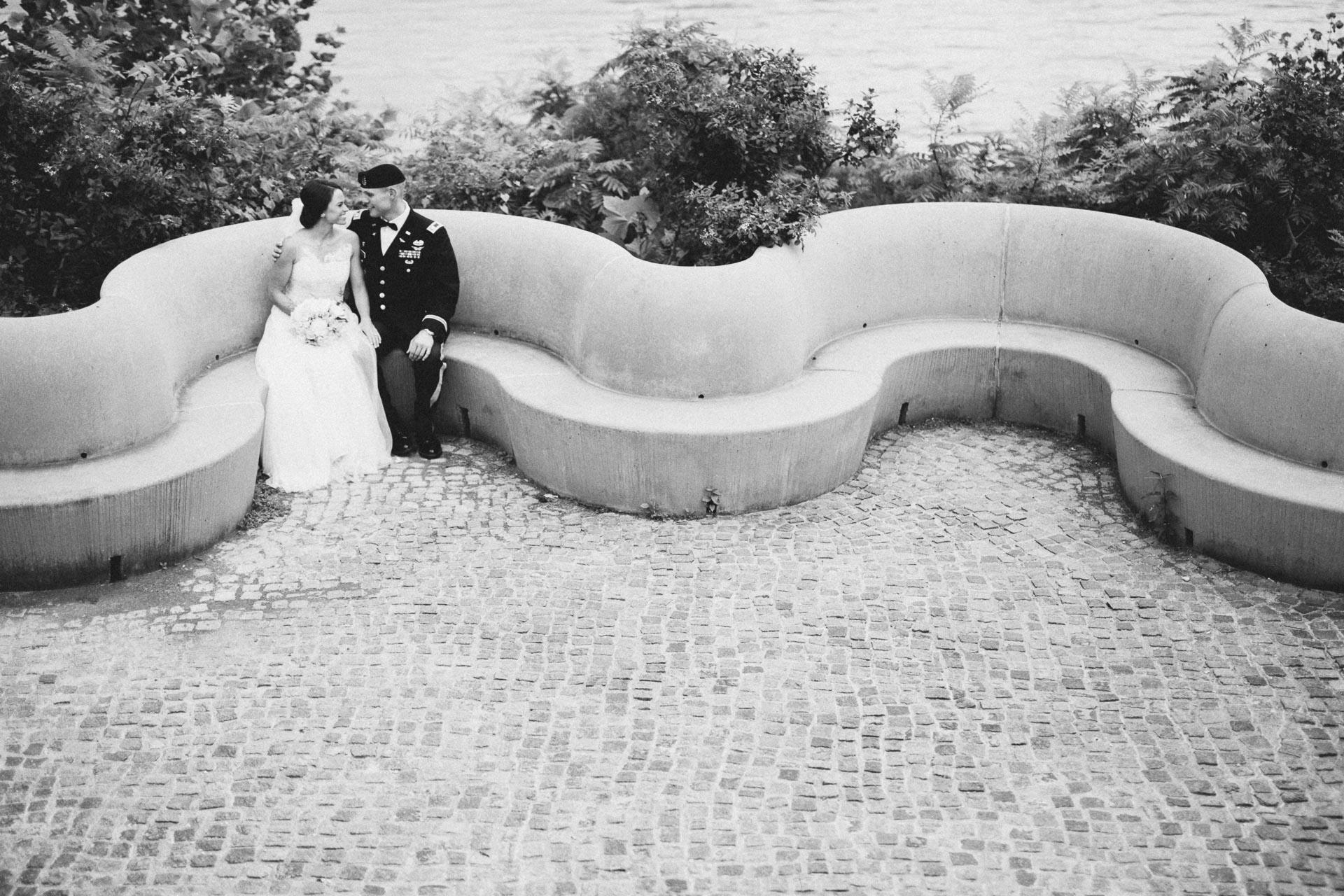 Emily-Eddie-Cincinnati-Rennaissance-Hotel-Wedding-051@2x.jpg