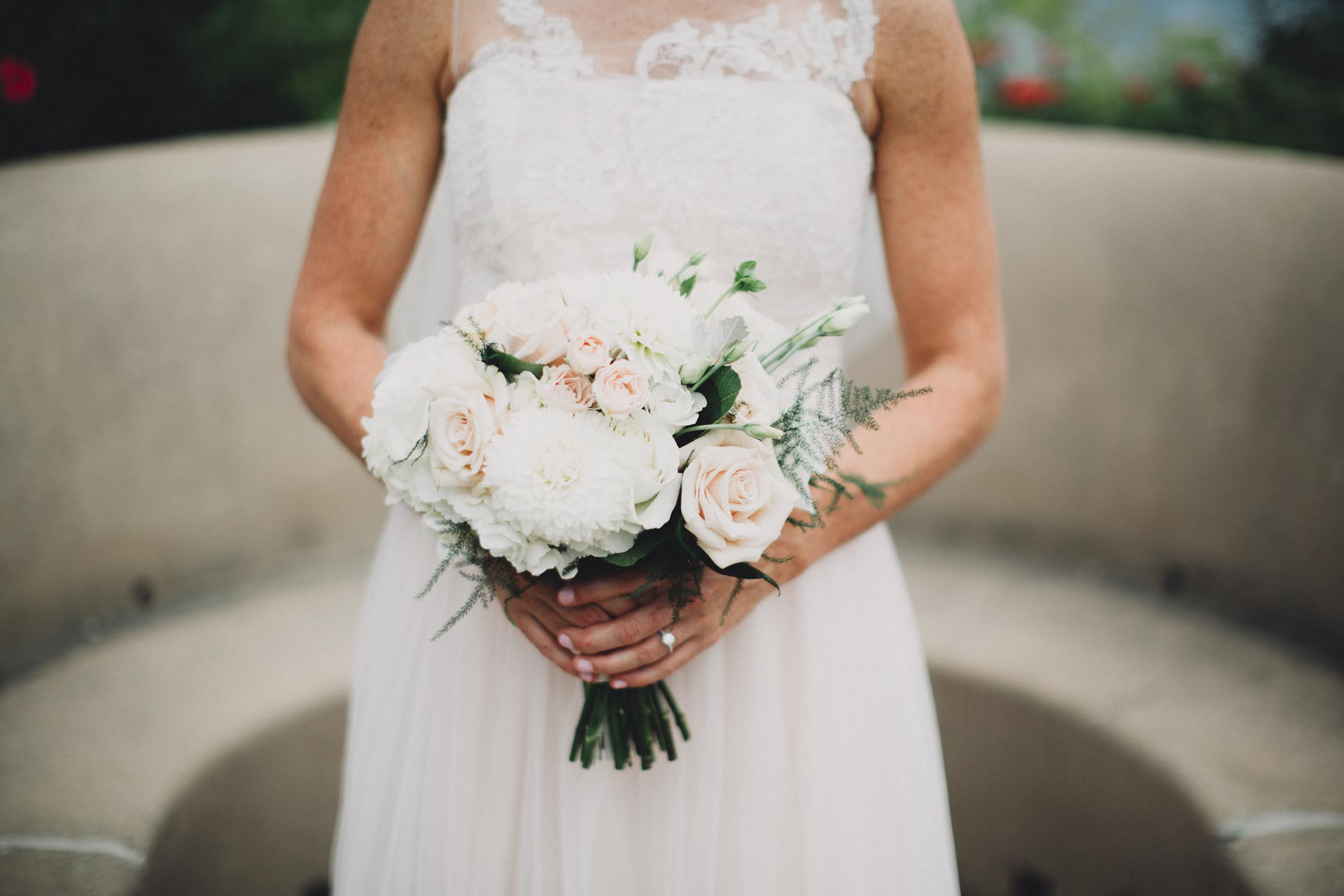Emily-Eddie-Cincinnati-Rennaissance-Hotel-Wedding-053@2x.jpg