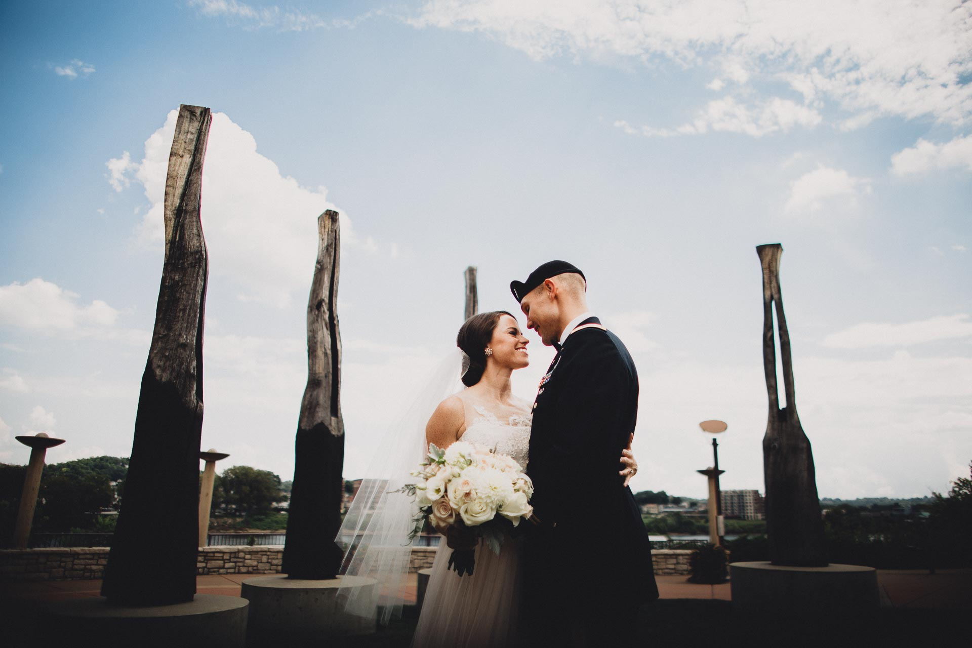 Emily-Eddie-Cincinnati-Rennaissance-Hotel-Wedding-055@2x.jpg