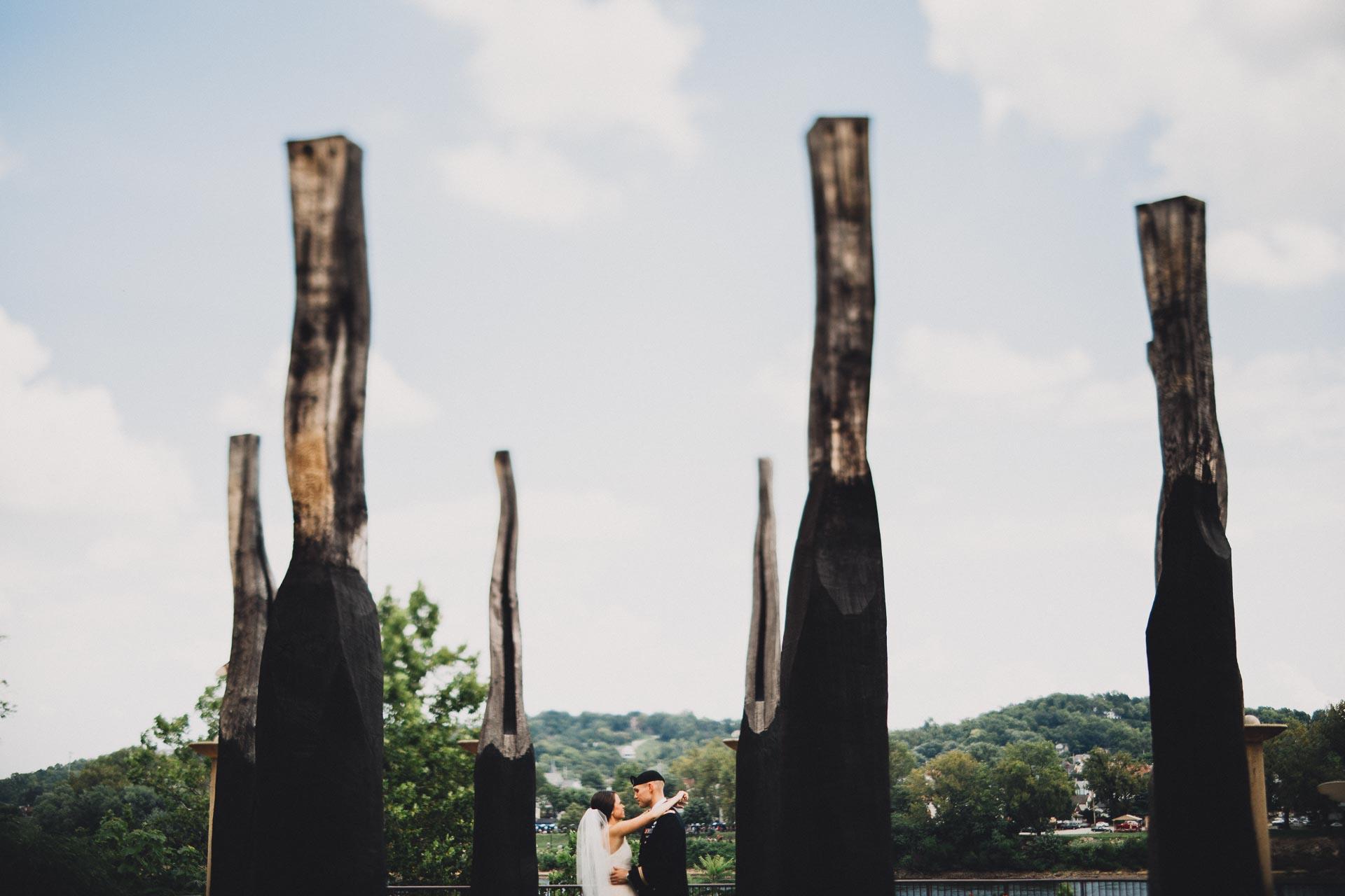 Emily-Eddie-Cincinnati-Rennaissance-Hotel-Wedding-056@2x.jpg