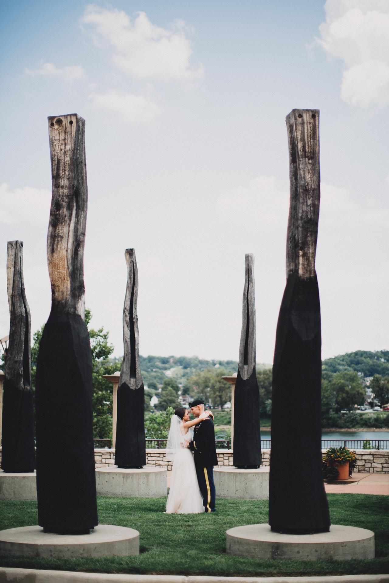 Emily-Eddie-Cincinnati-Rennaissance-Hotel-Wedding-057@2x.jpg