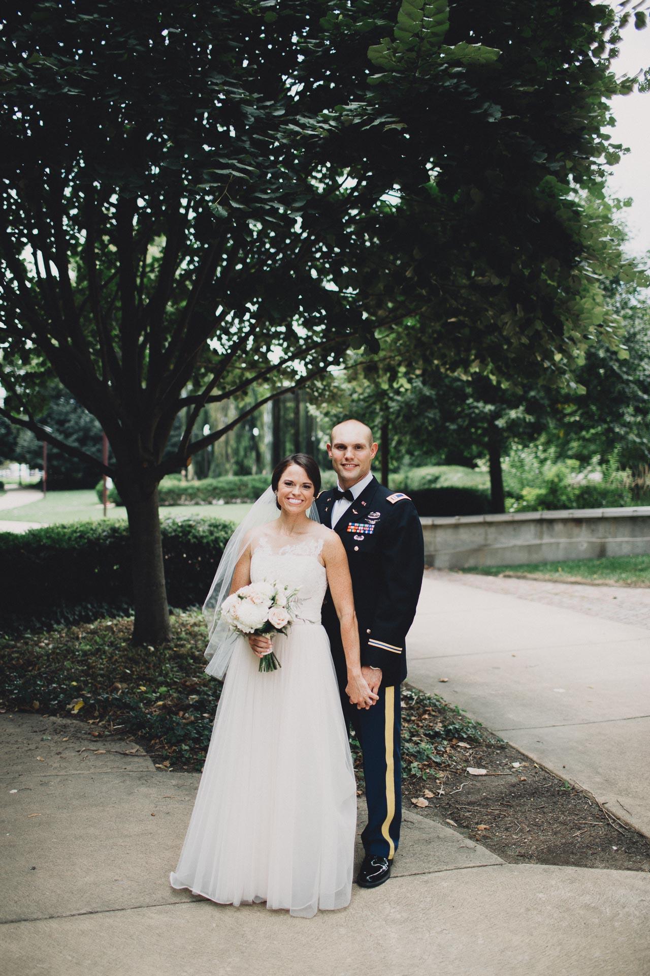 Emily-Eddie-Cincinnati-Rennaissance-Hotel-Wedding-058@2x.jpg