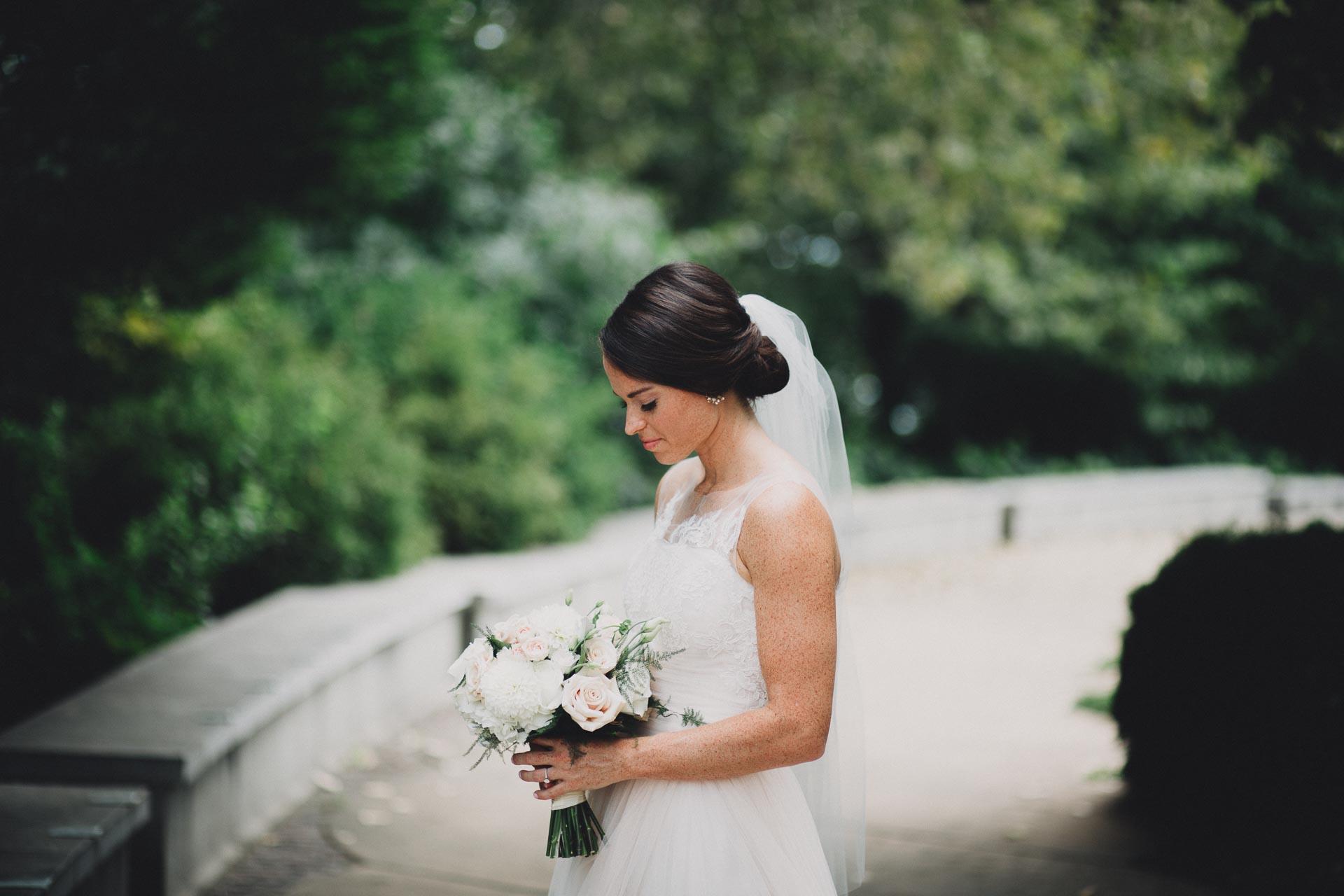 Emily-Eddie-Cincinnati-Rennaissance-Hotel-Wedding-059@2x.jpg