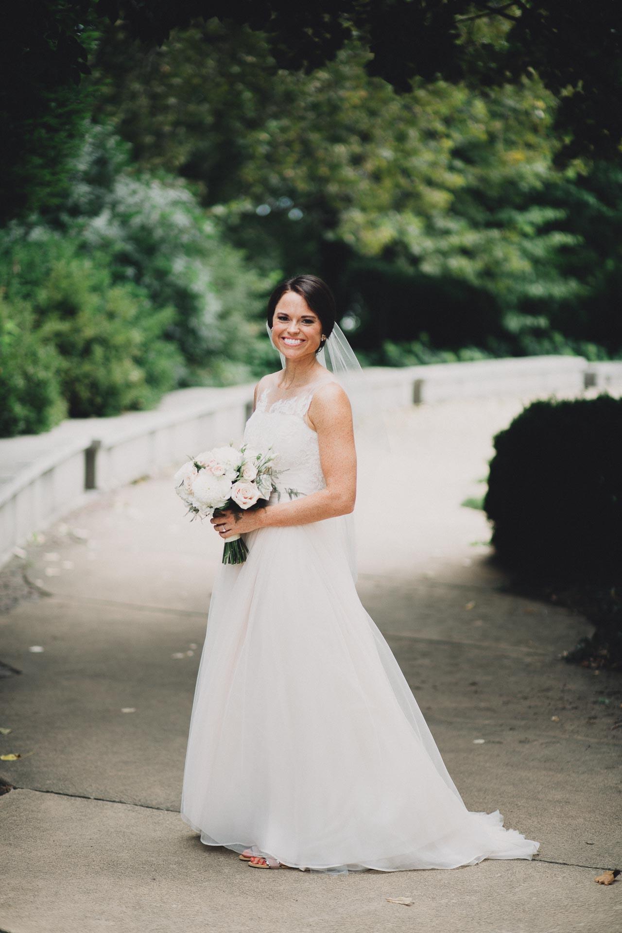 Emily-Eddie-Cincinnati-Rennaissance-Hotel-Wedding-060@2x.jpg