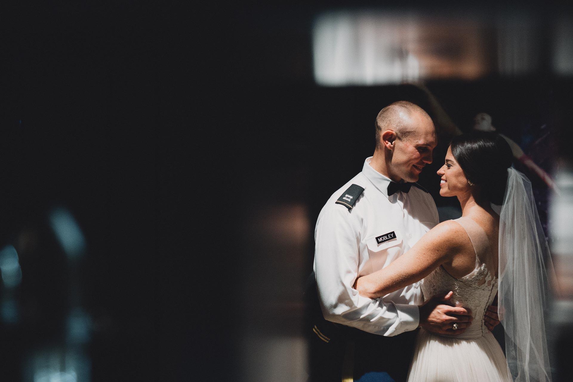 Emily-Eddie-Cincinnati-Rennaissance-Hotel-Wedding-070@2x.jpg