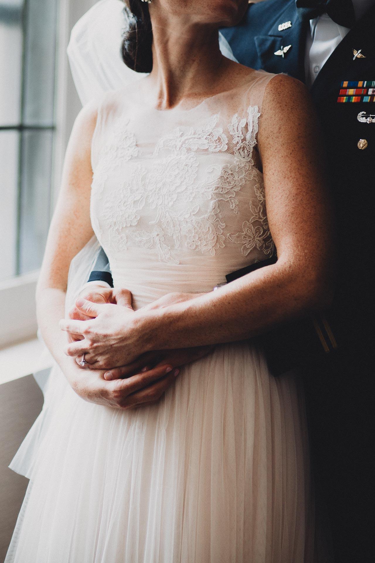 Emily-Eddie-Cincinnati-Rennaissance-Hotel-Wedding-073@2x.jpg
