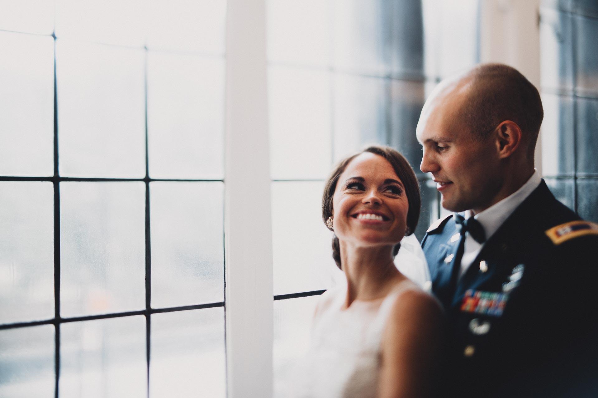 Emily-Eddie-Cincinnati-Rennaissance-Hotel-Wedding-074@2x.jpg