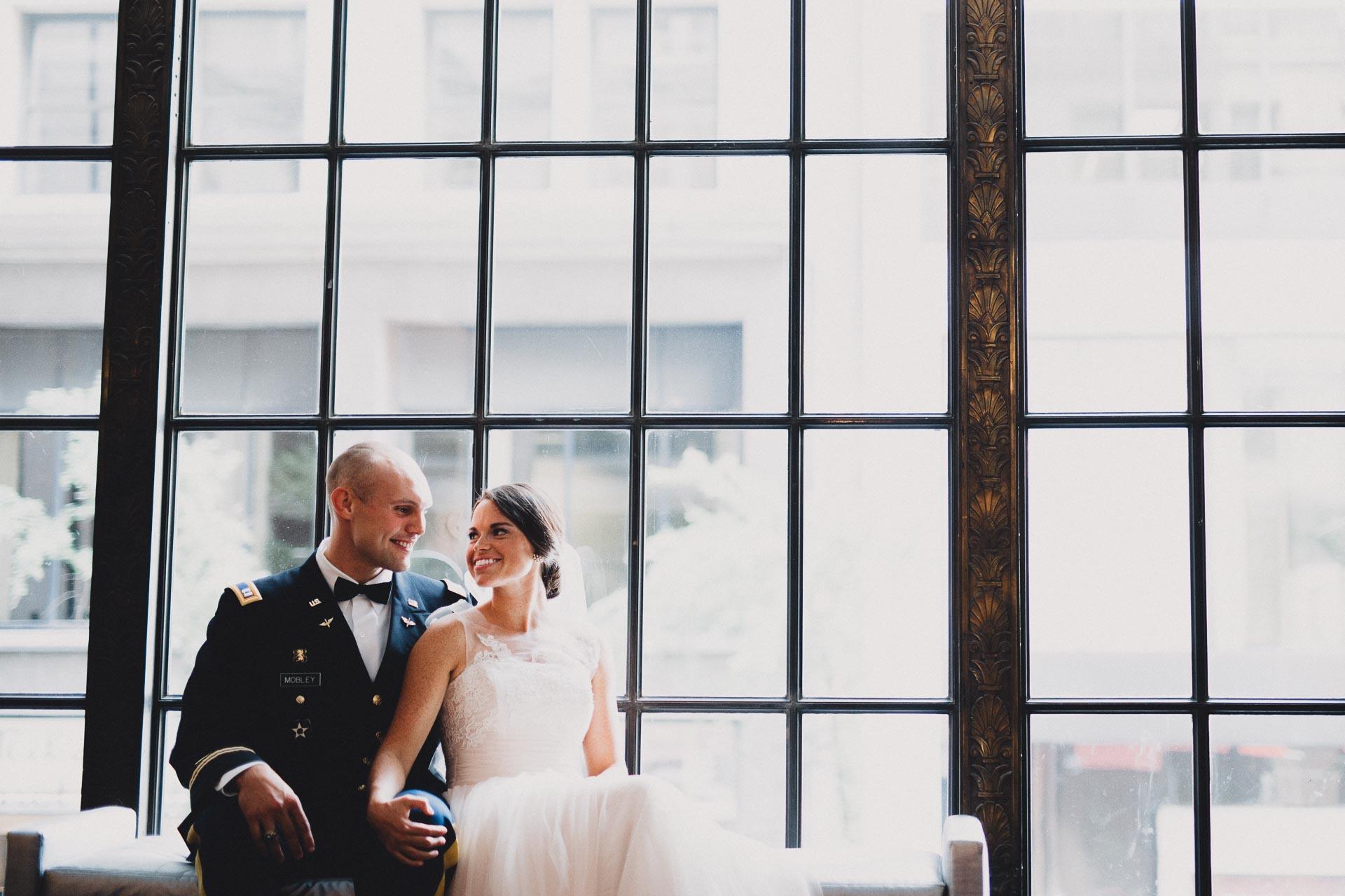 Emily-Eddie-Cincinnati-Rennaissance-Hotel-Wedding-076@2x.jpg