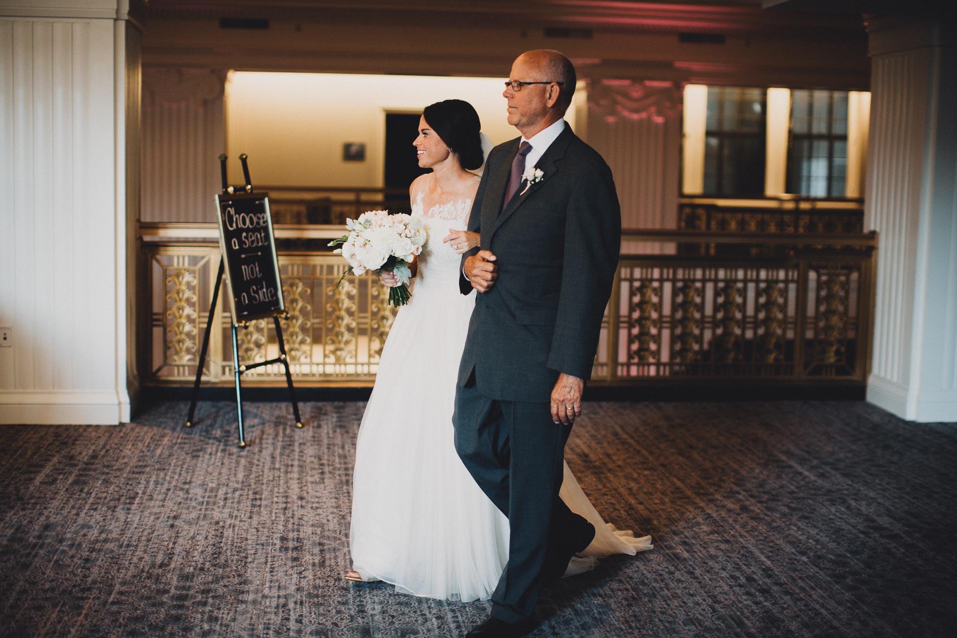 Emily-Eddie-Cincinnati-Rennaissance-Hotel-Wedding-081@2x.jpg