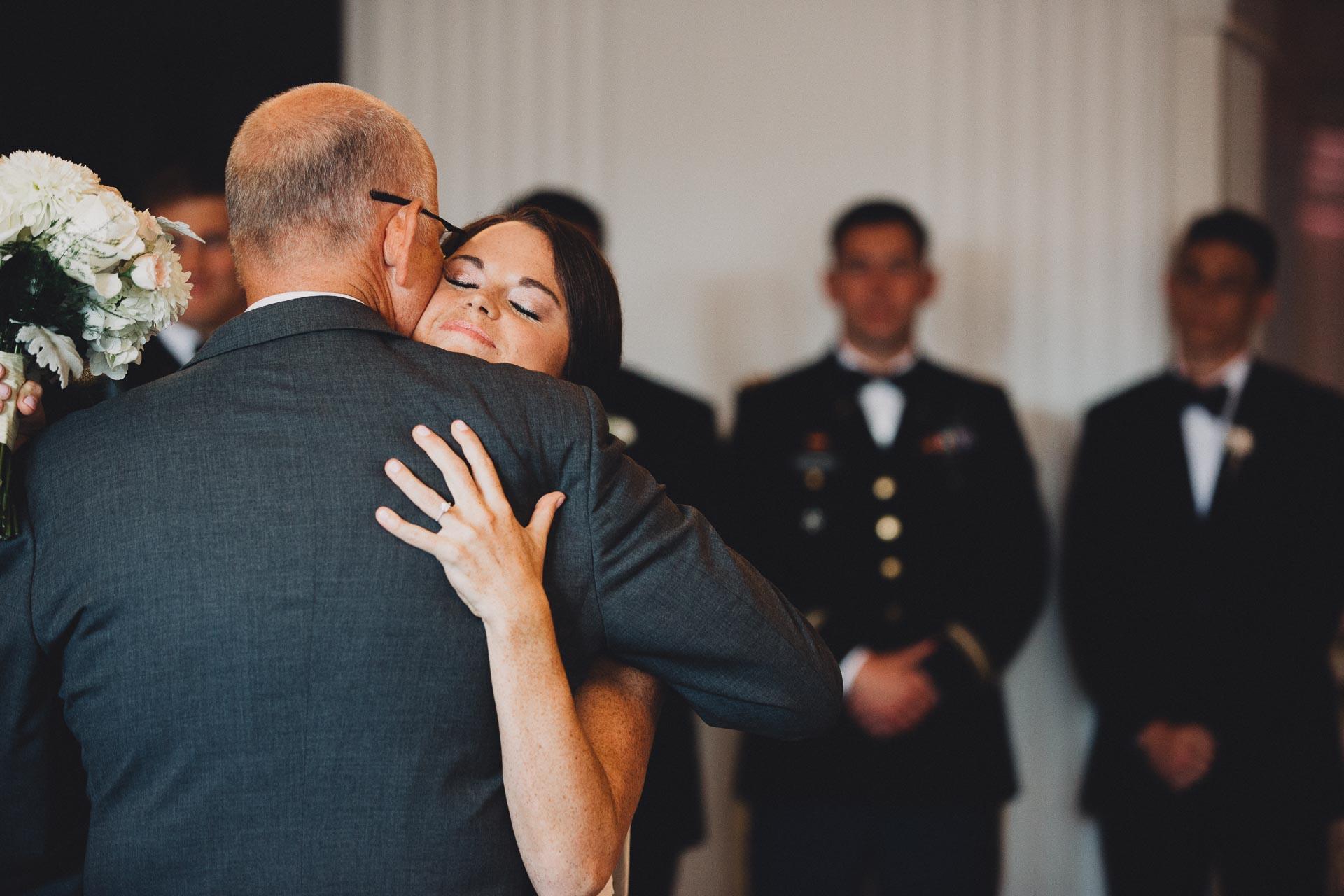 Emily-Eddie-Cincinnati-Rennaissance-Hotel-Wedding-082@2x.jpg
