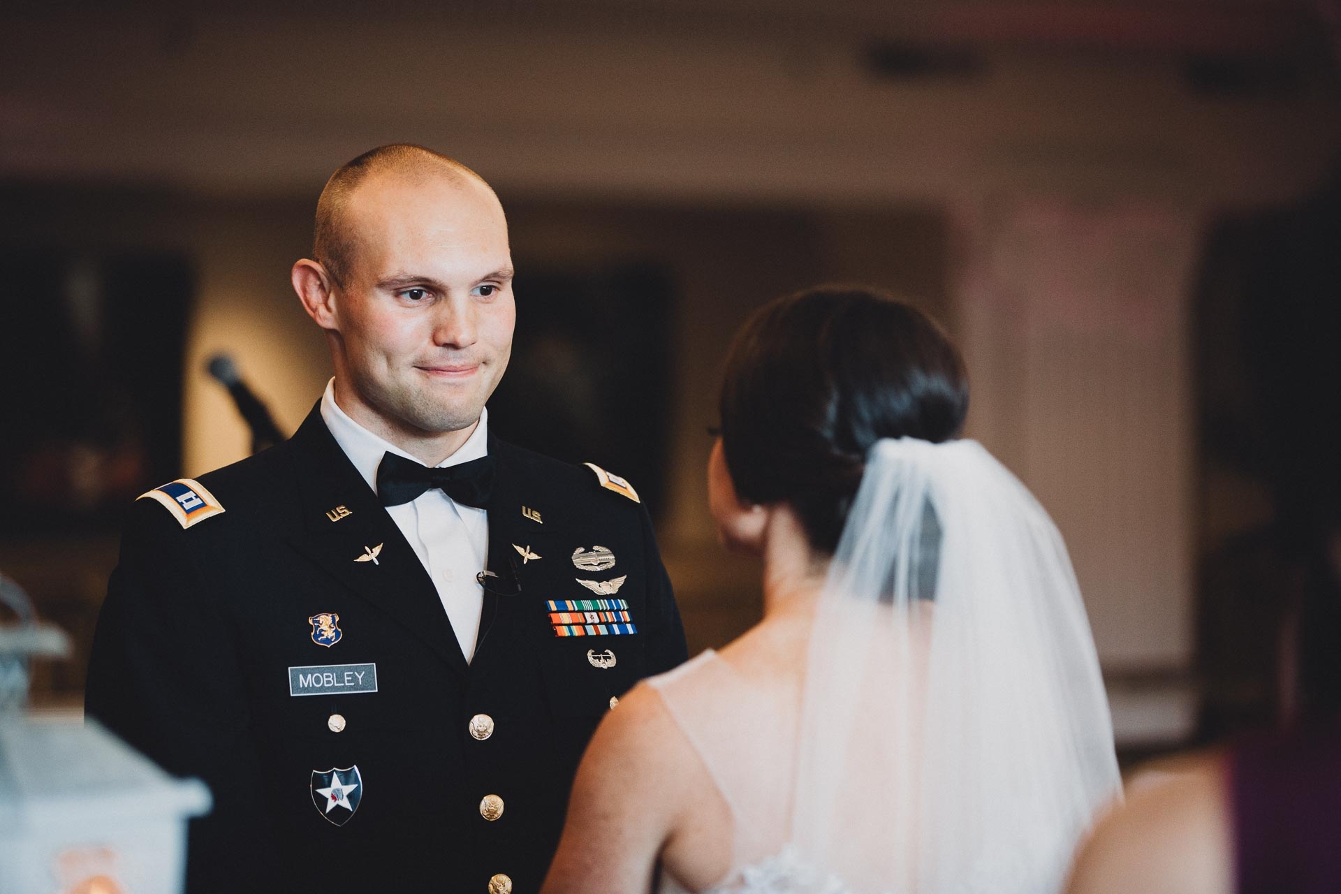 Emily-Eddie-Cincinnati-Rennaissance-Hotel-Wedding-086@2x.jpg
