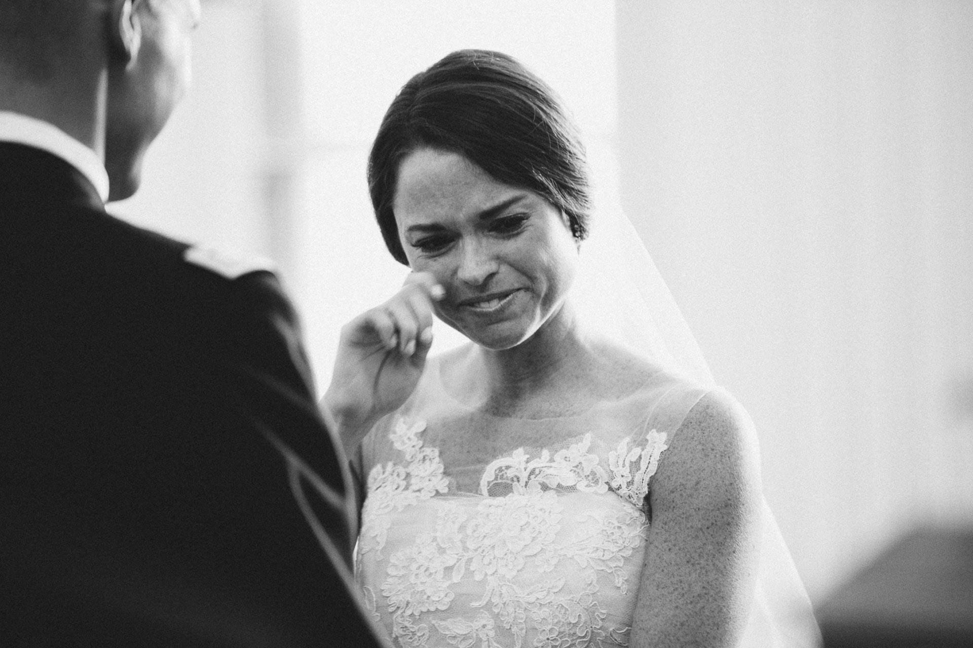 Emily-Eddie-Cincinnati-Rennaissance-Hotel-Wedding-087@2x.jpg