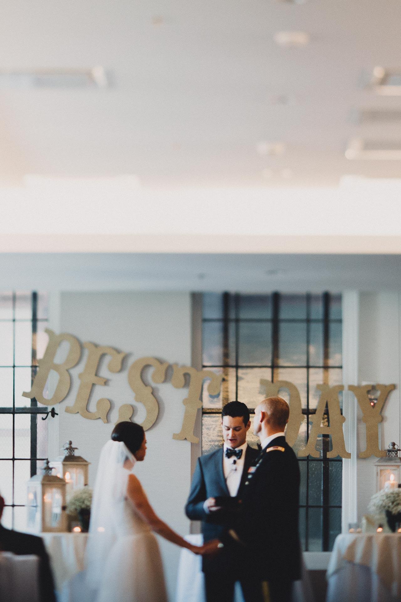 Emily-Eddie-Cincinnati-Rennaissance-Hotel-Wedding-089@2x.jpg