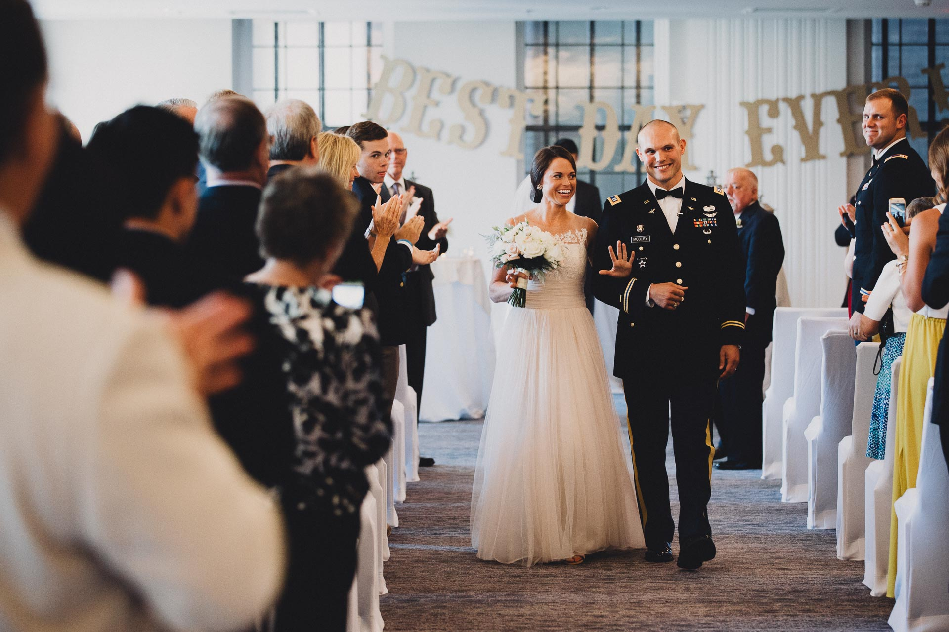 Emily-Eddie-Cincinnati-Rennaissance-Hotel-Wedding-092@2x.jpg