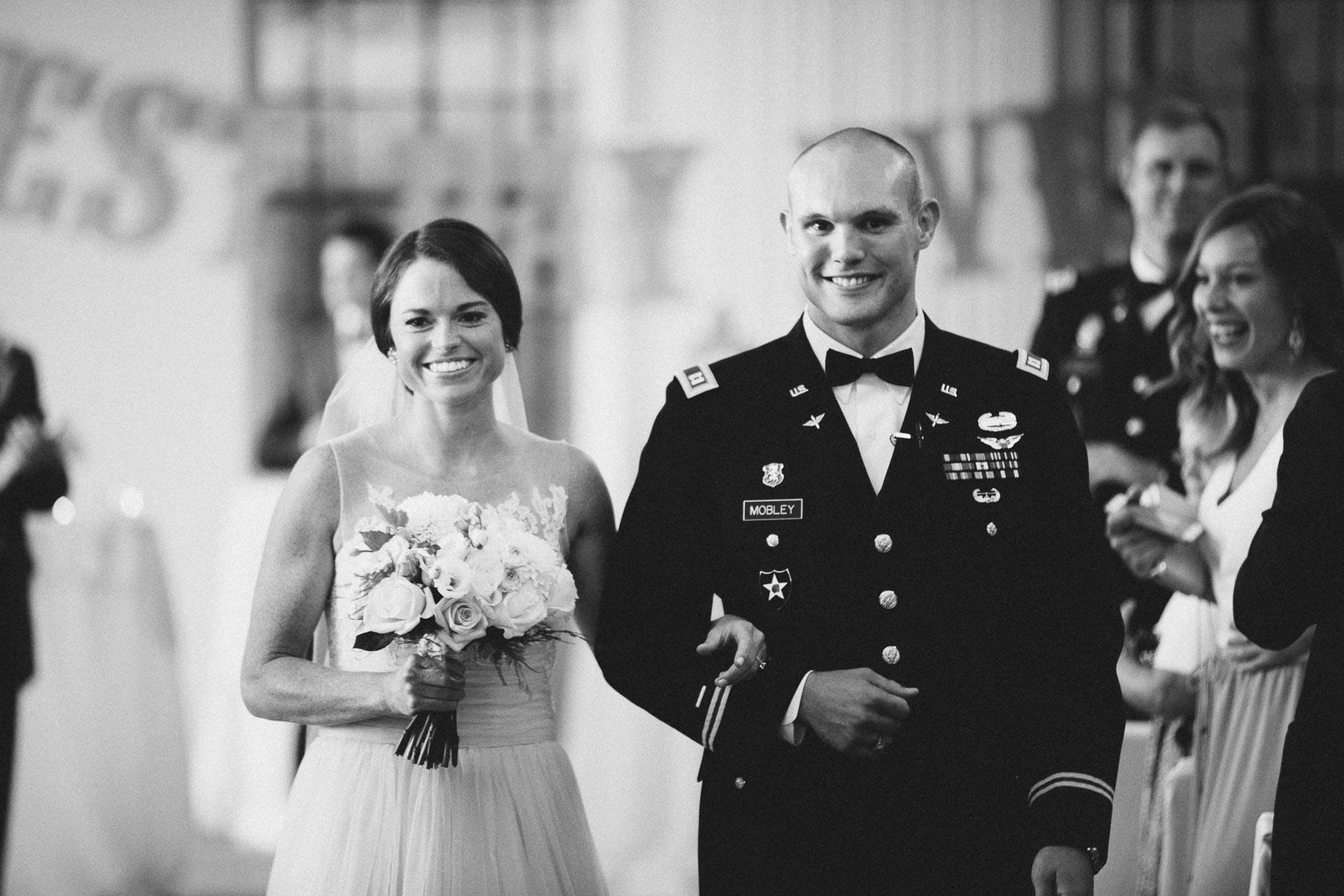 Emily-Eddie-Cincinnati-Rennaissance-Hotel-Wedding-093@2x.jpg