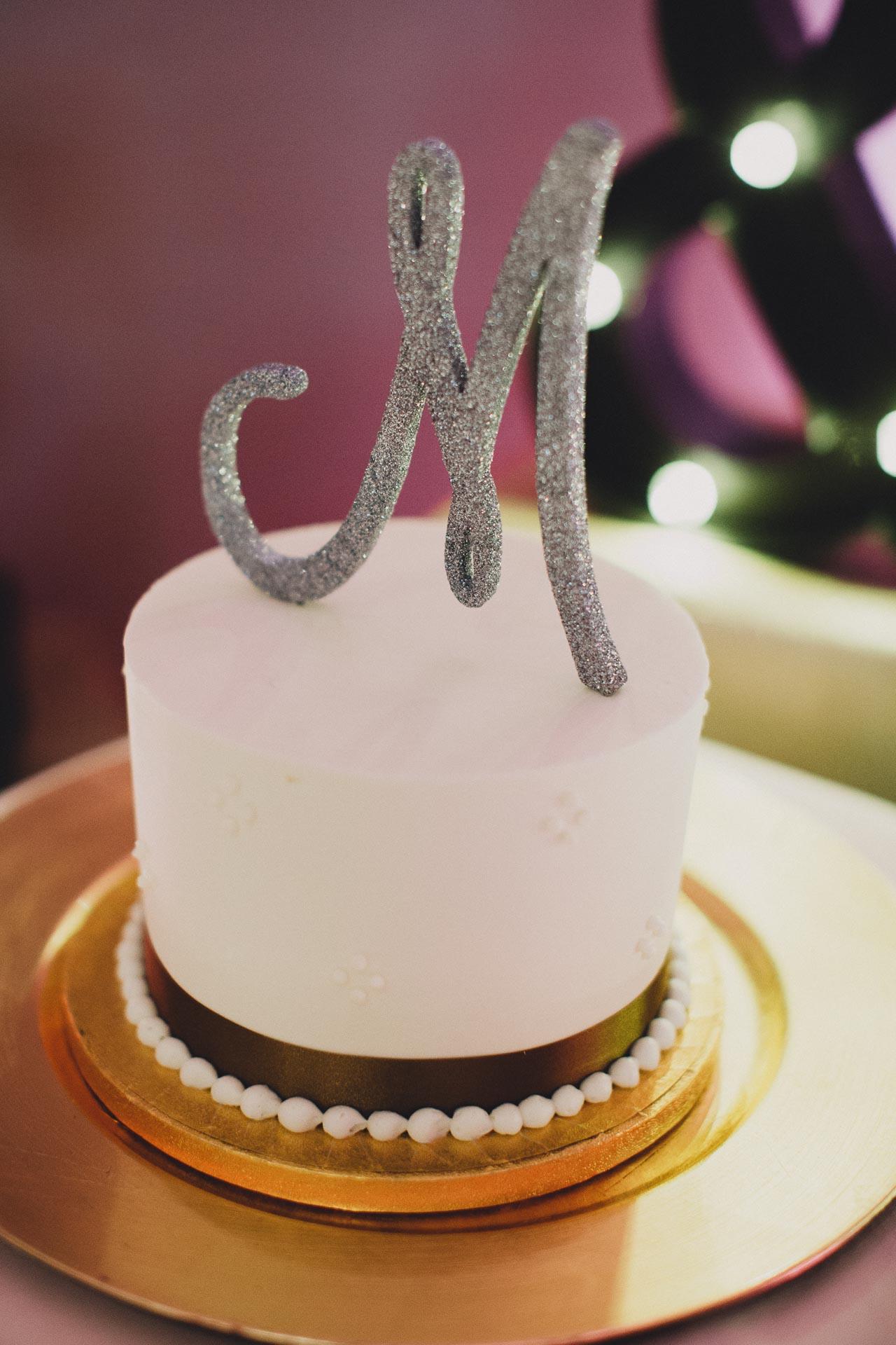 Emily-Eddie-Cincinnati-Rennaissance-Hotel-Wedding-103@2x.jpg