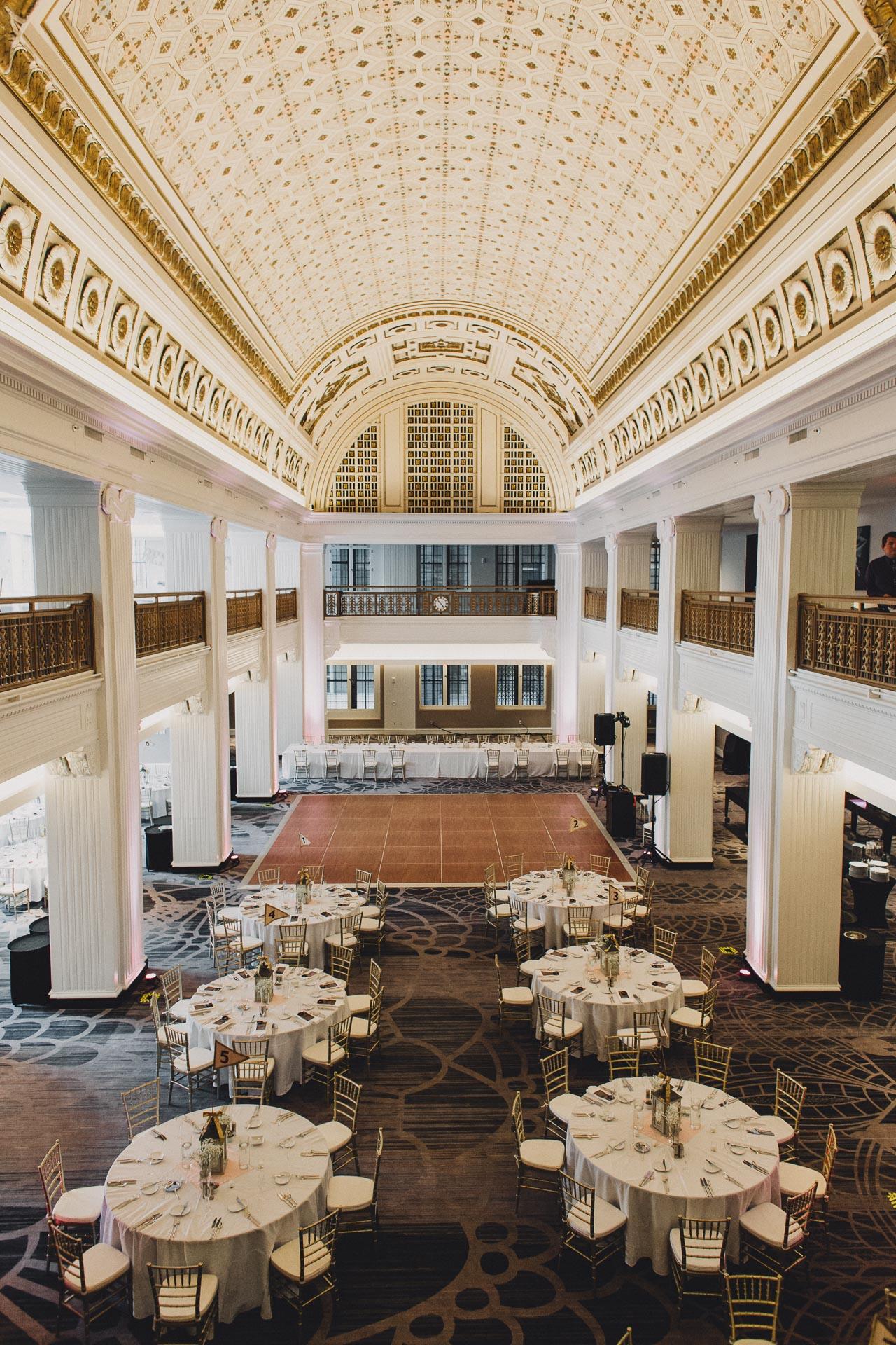 Emily-Eddie-Cincinnati-Rennaissance-Hotel-Wedding-105@2x.jpg