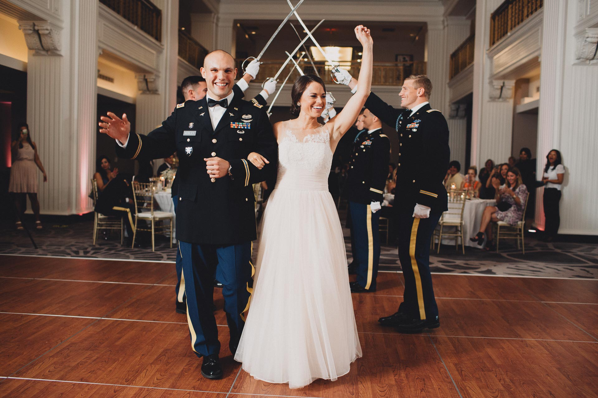 Emily-Eddie-Cincinnati-Rennaissance-Hotel-Wedding-111@2x.jpg