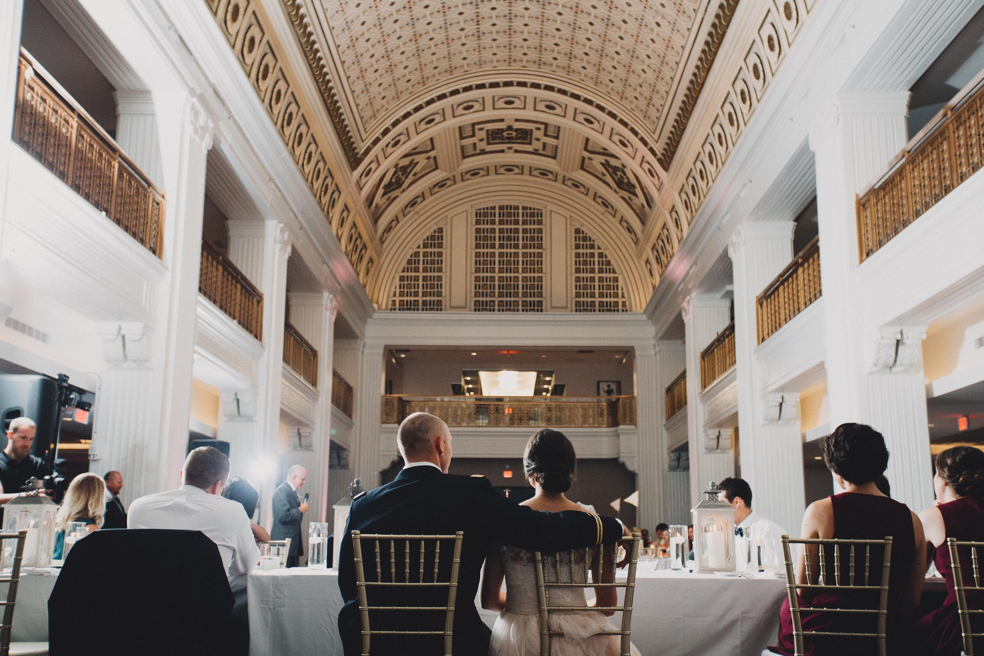 Emily-Eddie-Cincinnati-Rennaissance-Hotel-Wedding-113@2x.jpg