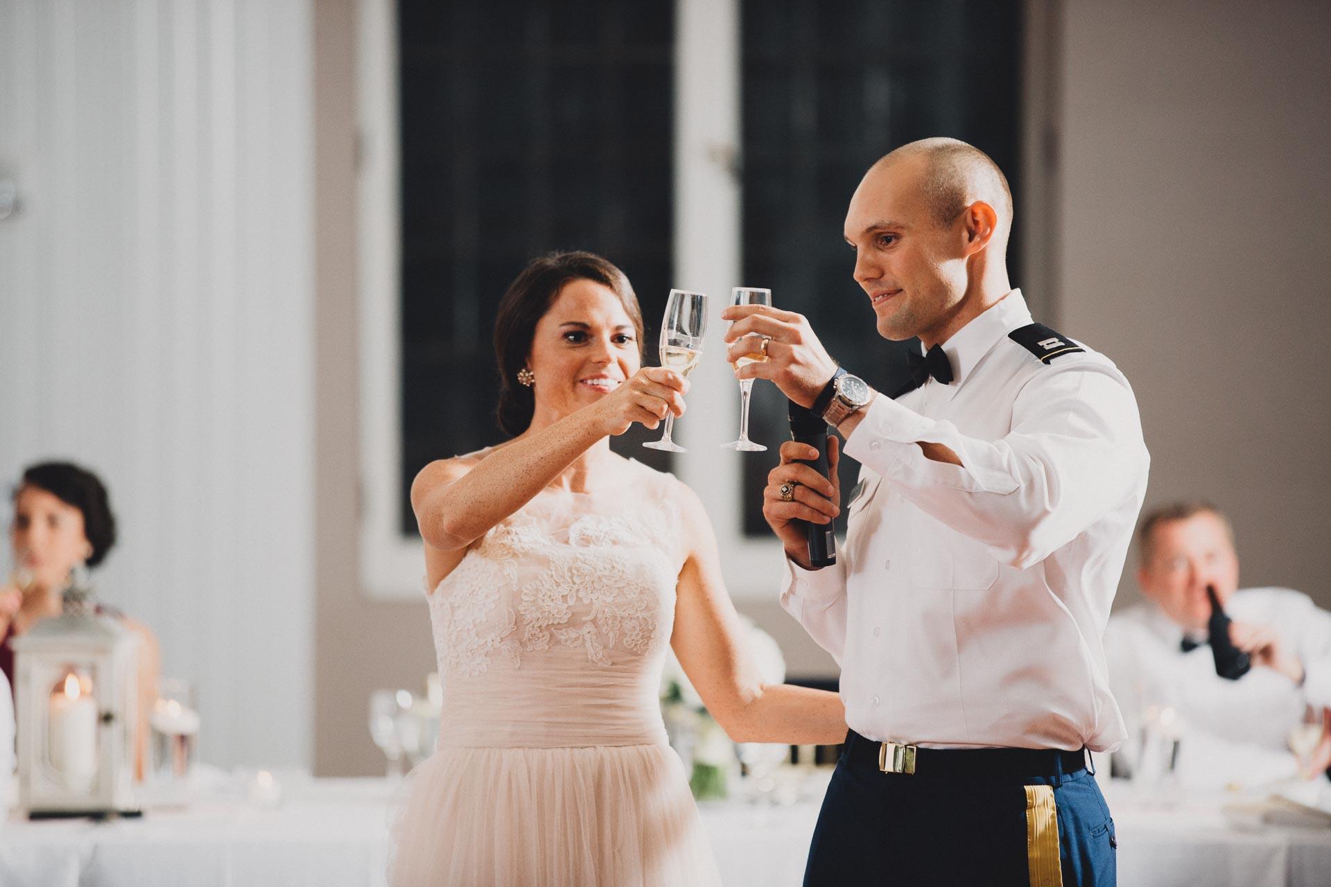Emily-Eddie-Cincinnati-Rennaissance-Hotel-Wedding-117@2x.jpg