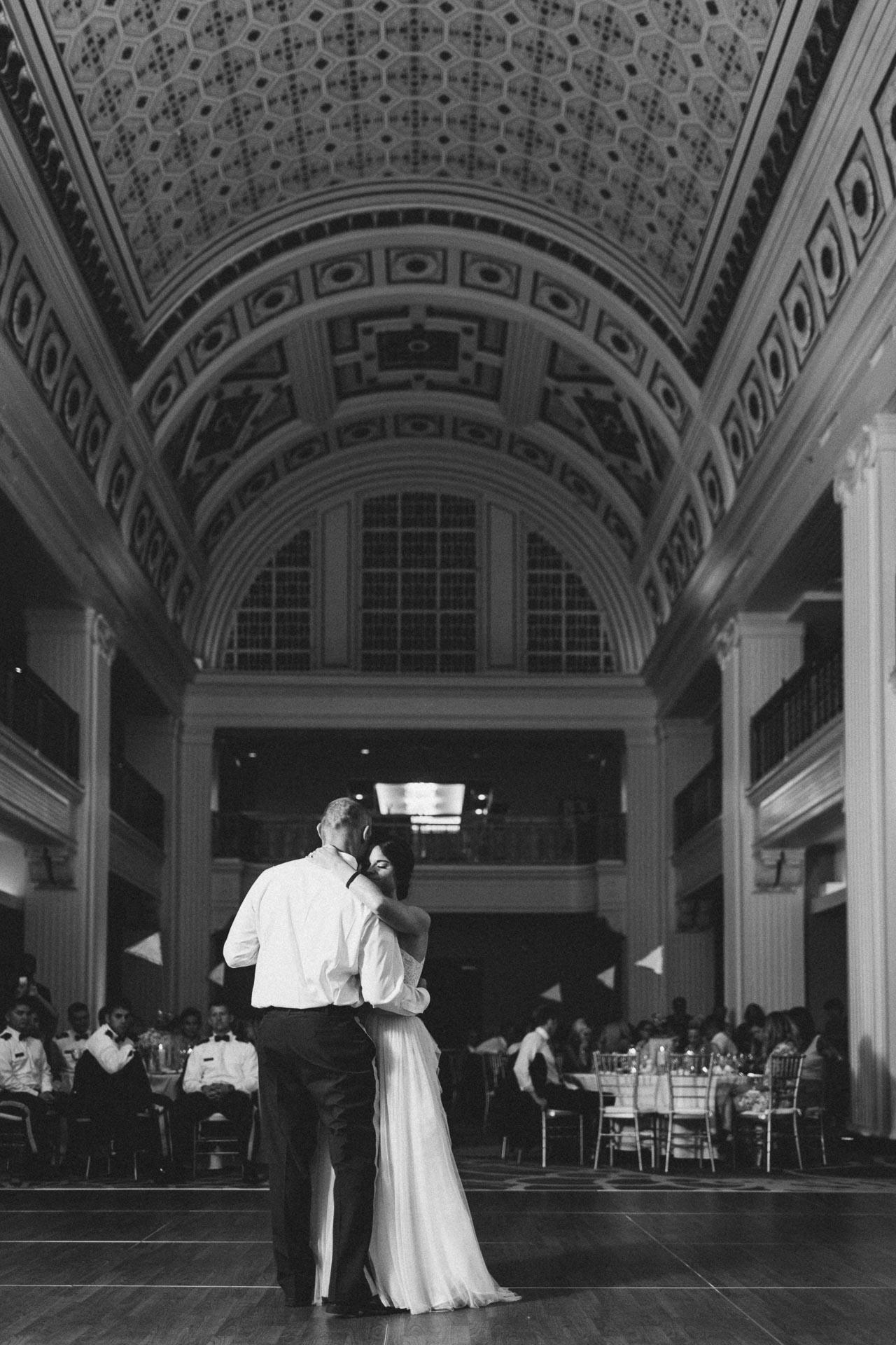 Emily-Eddie-Cincinnati-Rennaissance-Hotel-Wedding-125@2x.jpg