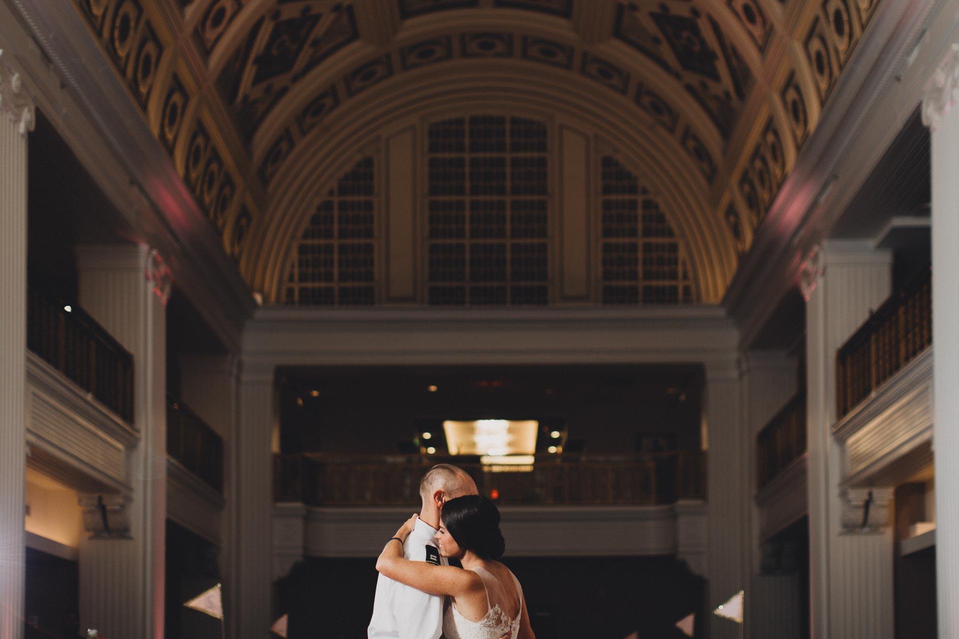 Emily-Eddie-Cincinnati-Rennaissance-Hotel-Wedding-126@2x.jpg