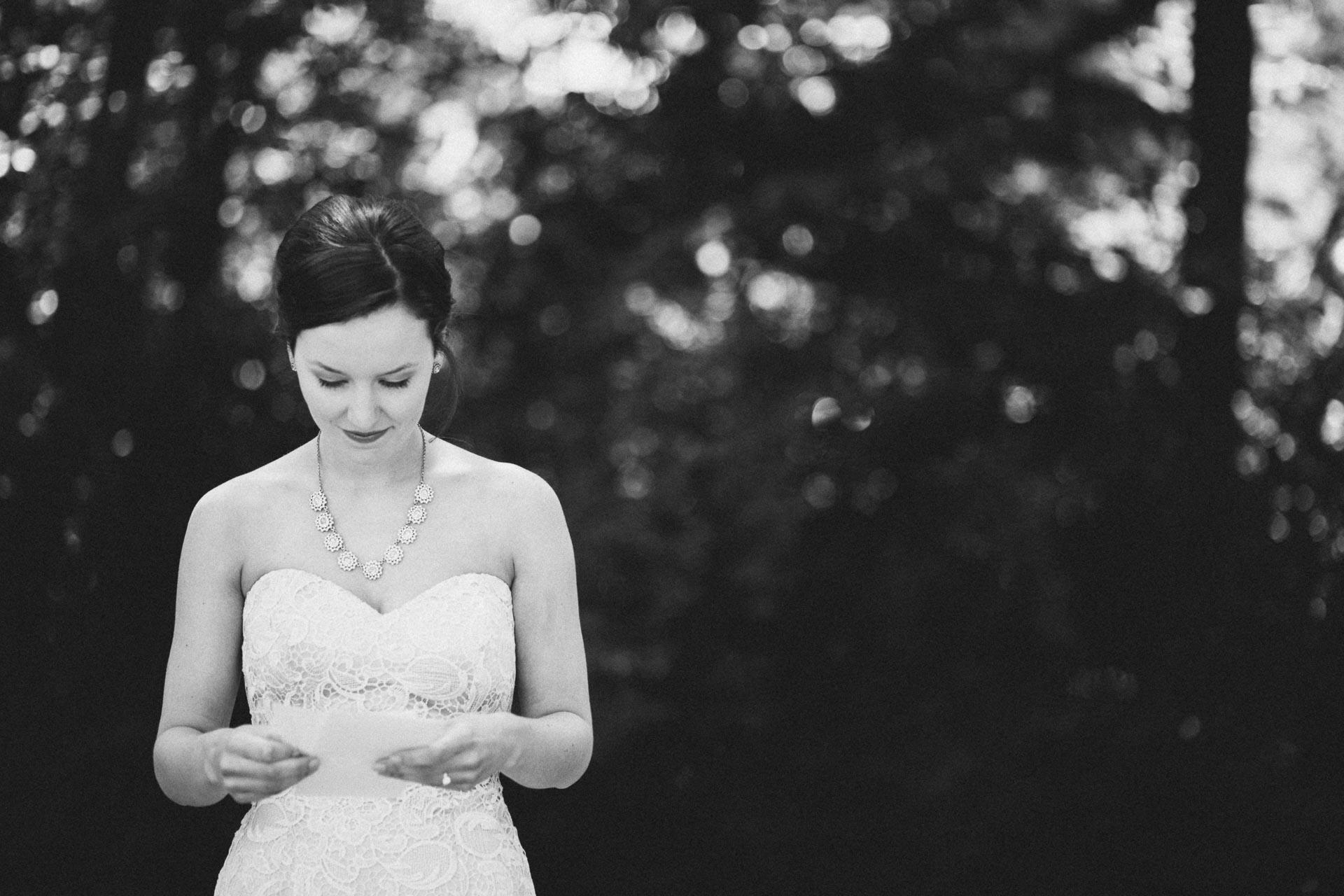 Julia-Michael-Cincinnati-Music-Hall-Wedding-028@2x.jpg