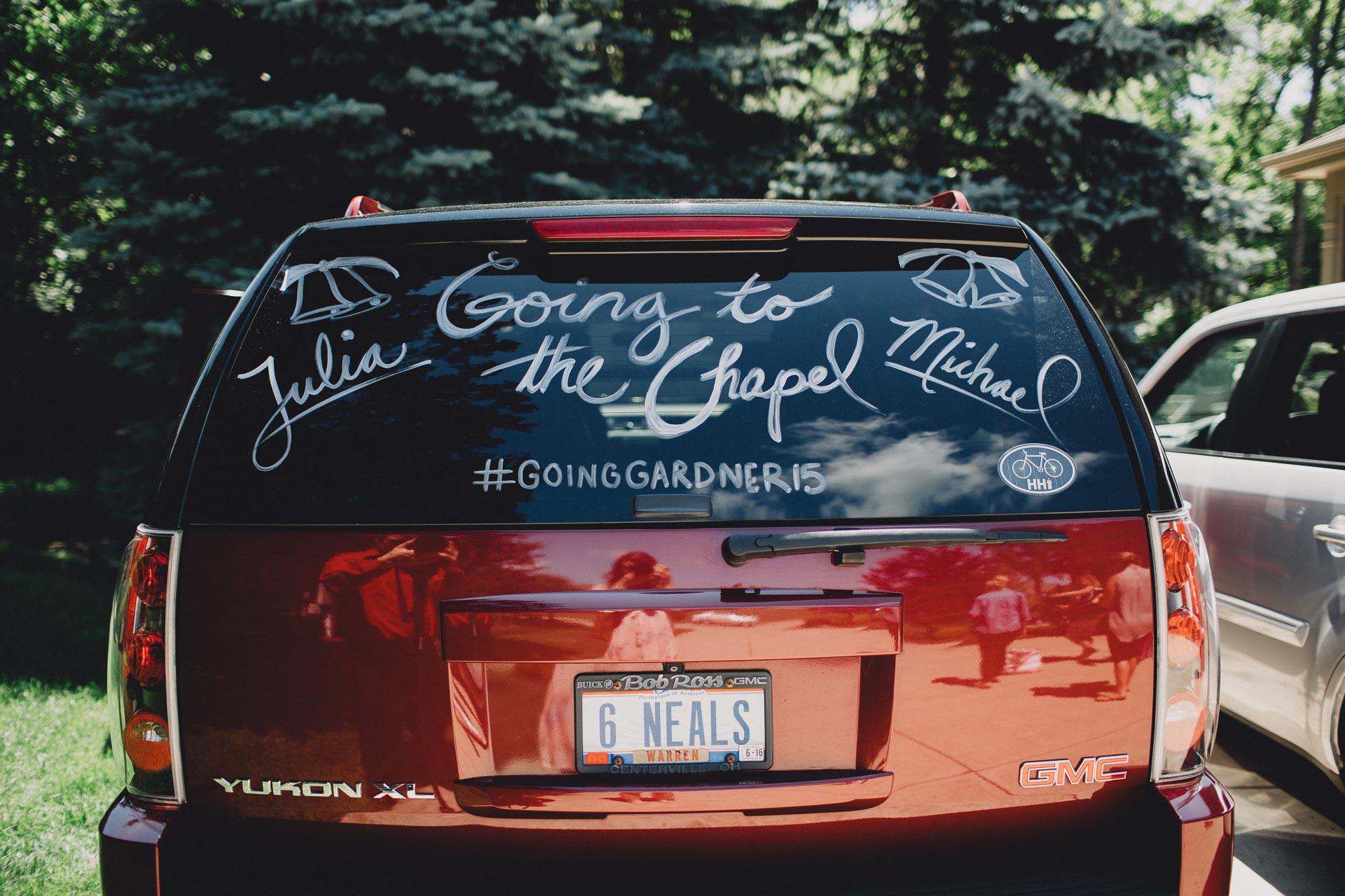 Julia-Michael-Cincinnati-Music-Hall-Wedding-033@2x.jpg