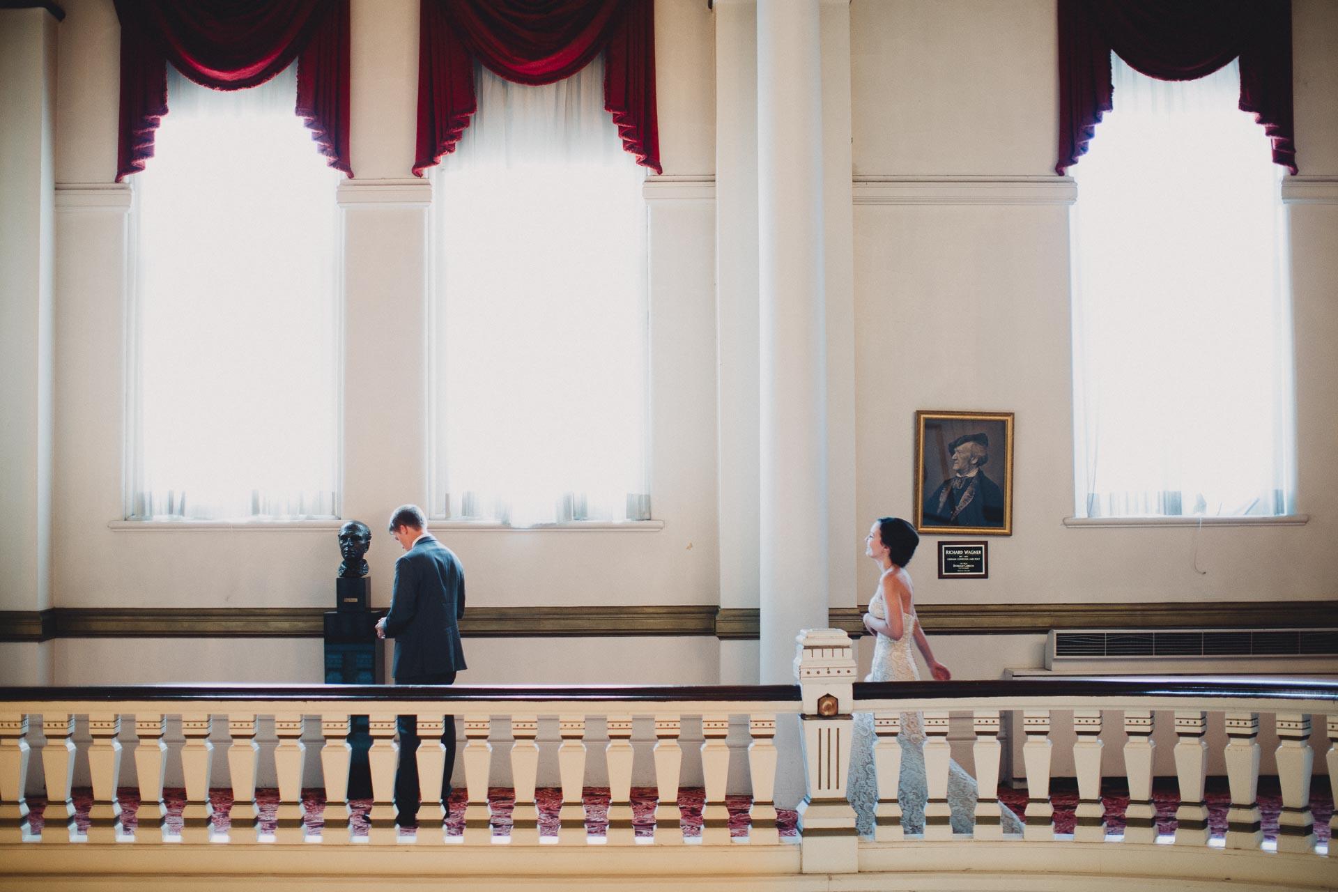 Julia-Michael-Cincinnati-Music-Hall-Wedding-043@2x.jpg