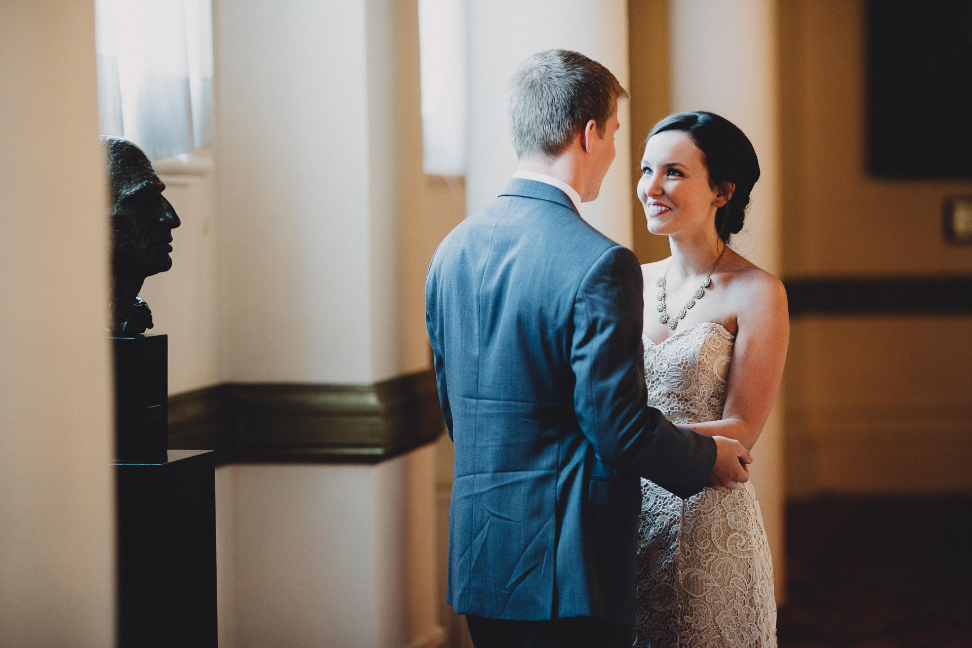 Julia-Michael-Cincinnati-Music-Hall-Wedding-046@2x.jpg