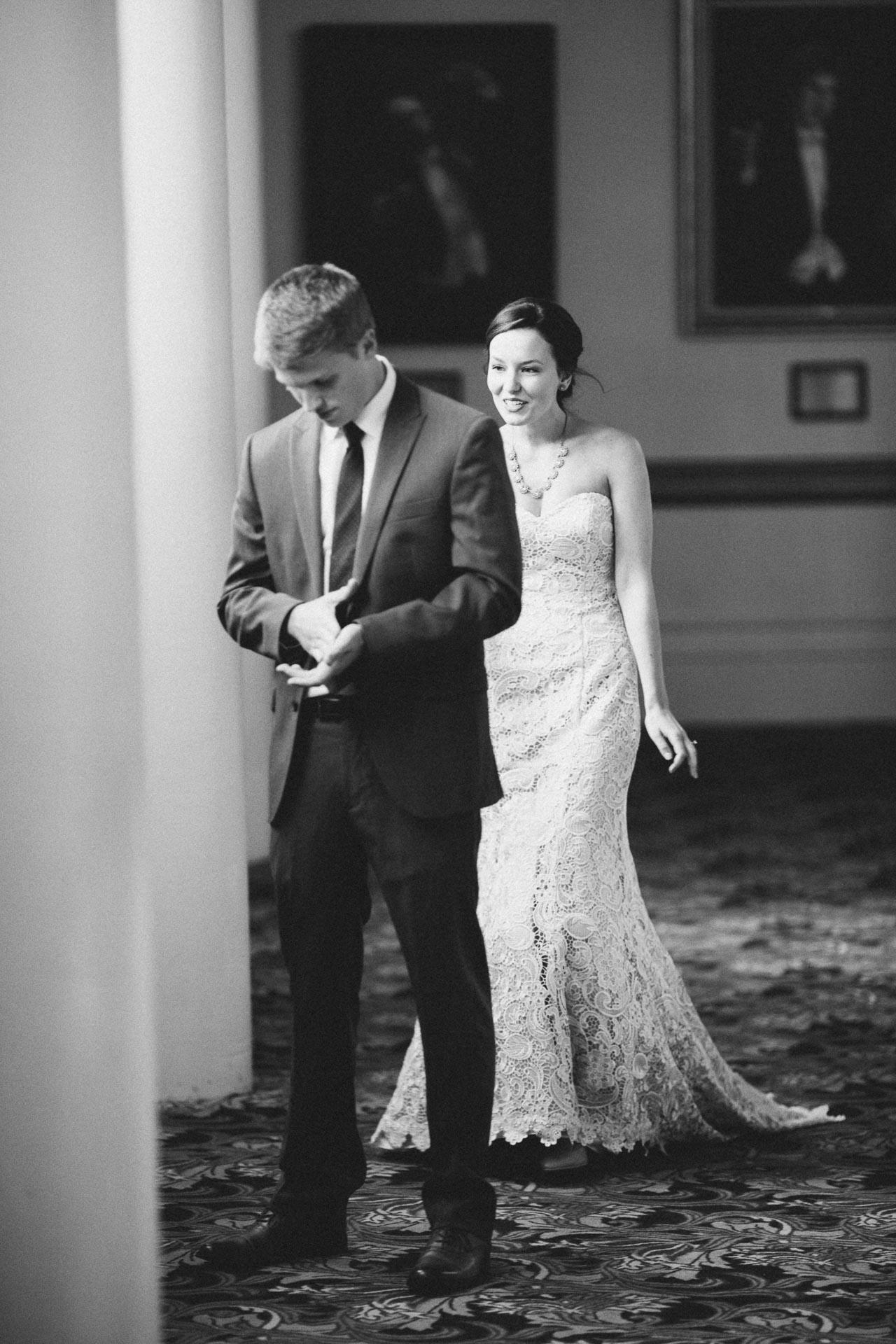 Julia-Michael-Cincinnati-Music-Hall-Wedding-045@2x.jpg