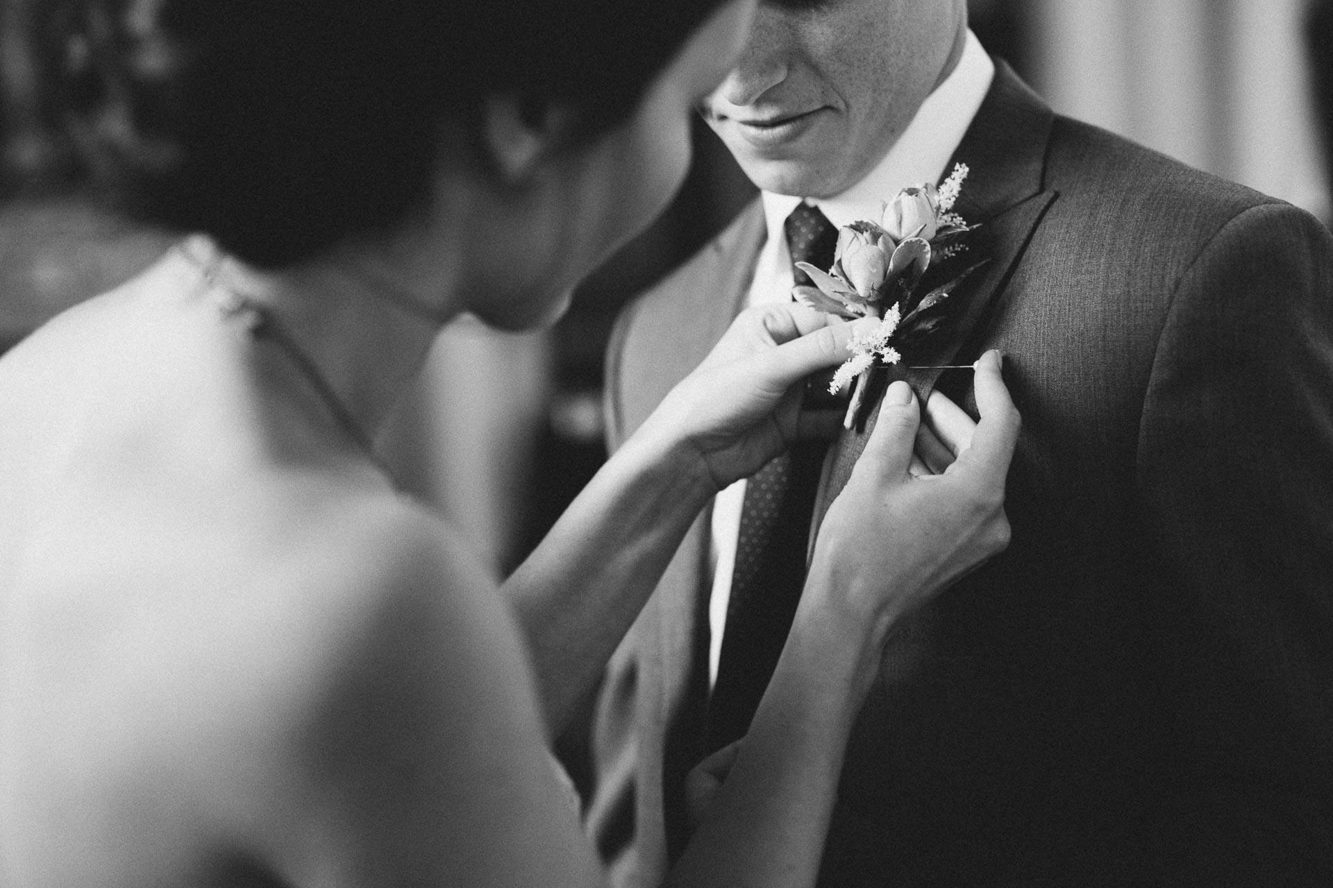 Julia-Michael-Cincinnati-Music-Hall-Wedding-048@2x.jpg