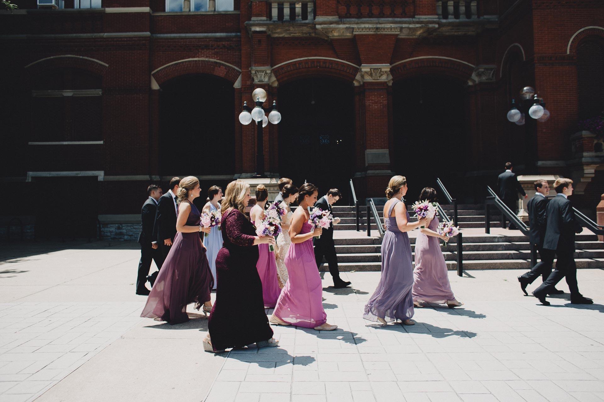 Julia-Michael-Cincinnati-Music-Hall-Wedding-053@2x.jpg