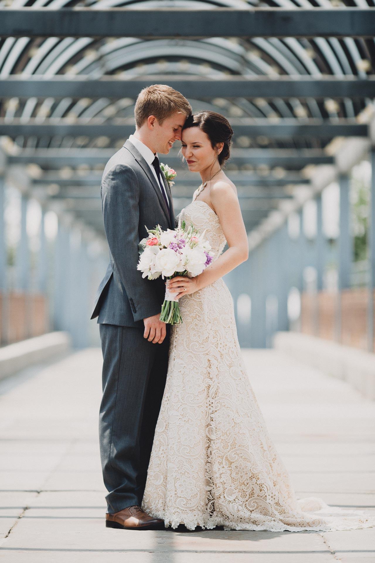 Julia-Michael-Cincinnati-Music-Hall-Wedding-058@2x.jpg