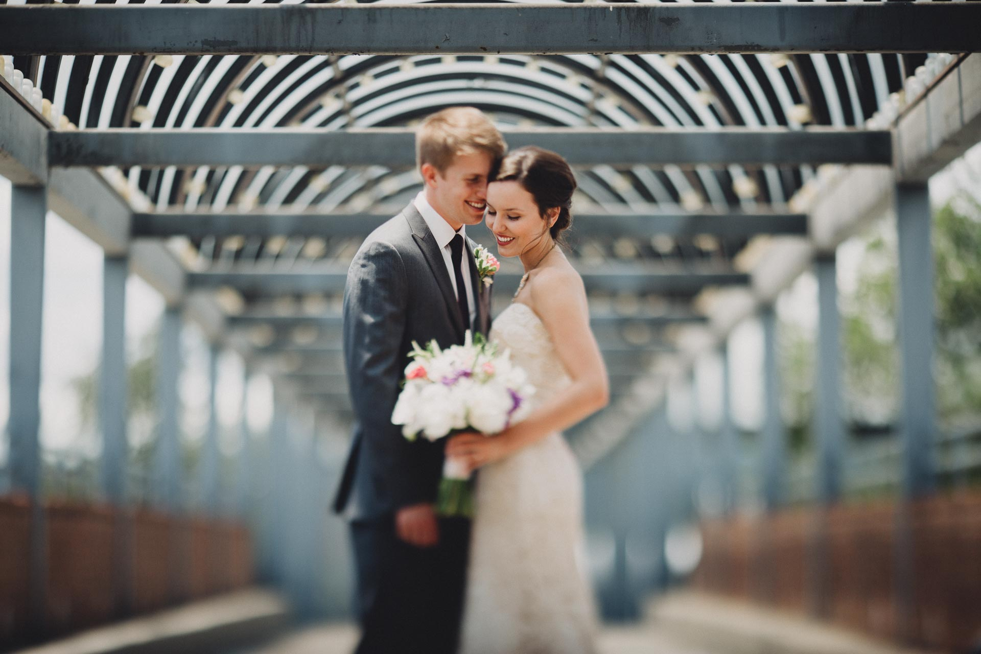 Julia-Michael-Cincinnati-Music-Hall-Wedding-060@2x.jpg