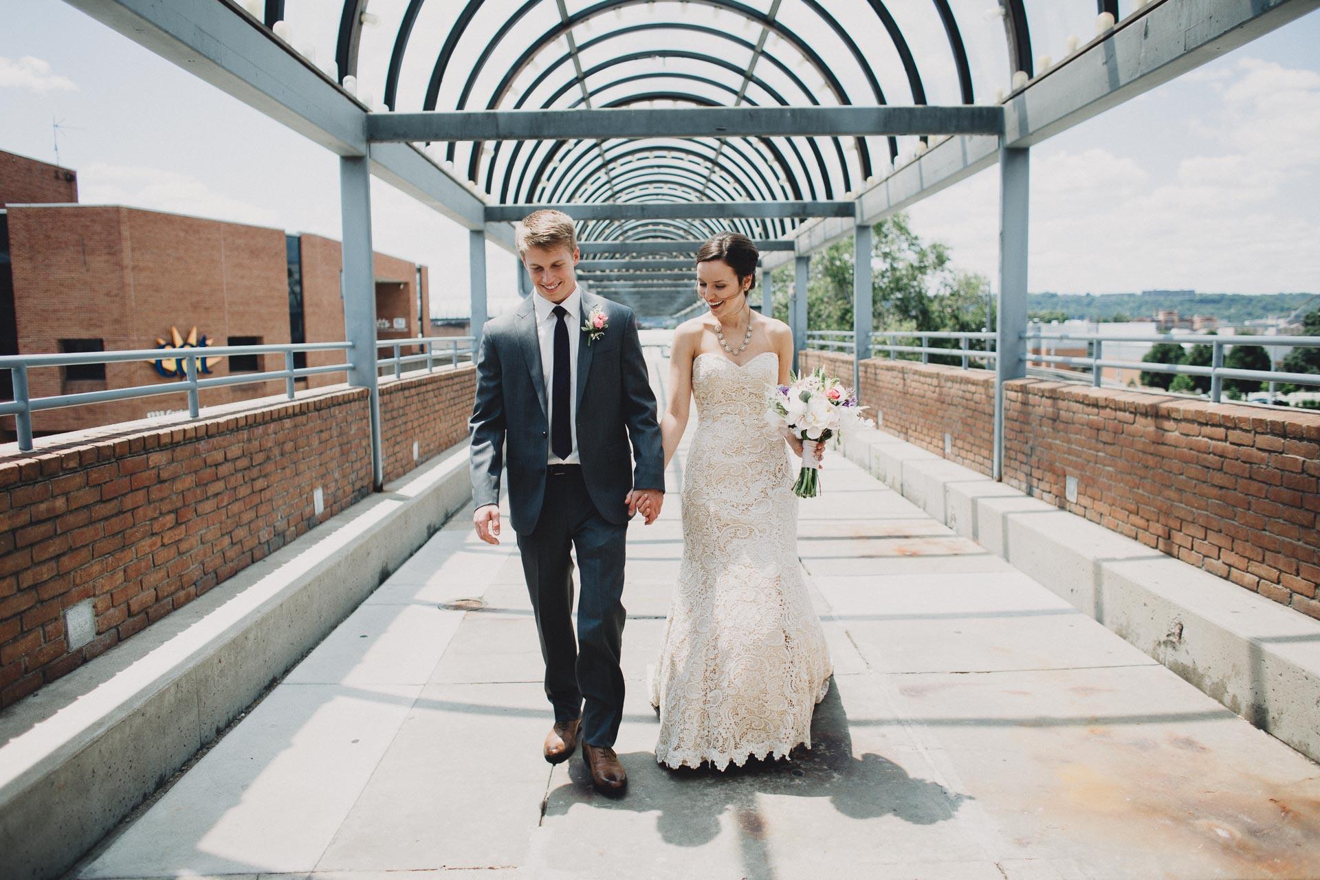 Julia-Michael-Cincinnati-Music-Hall-Wedding-061@2x.jpg