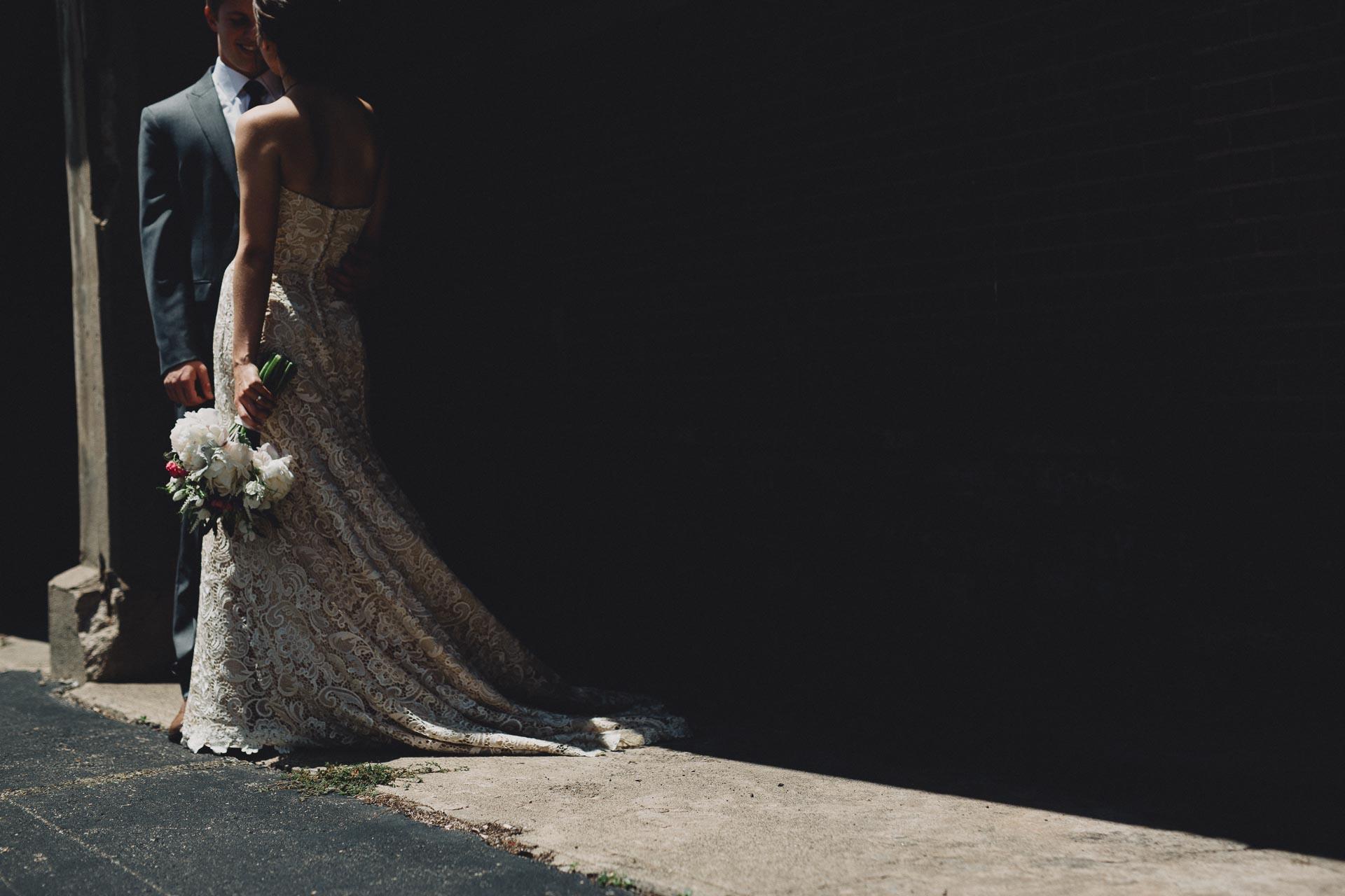 Julia-Michael-Cincinnati-Music-Hall-Wedding-063@2x.jpg